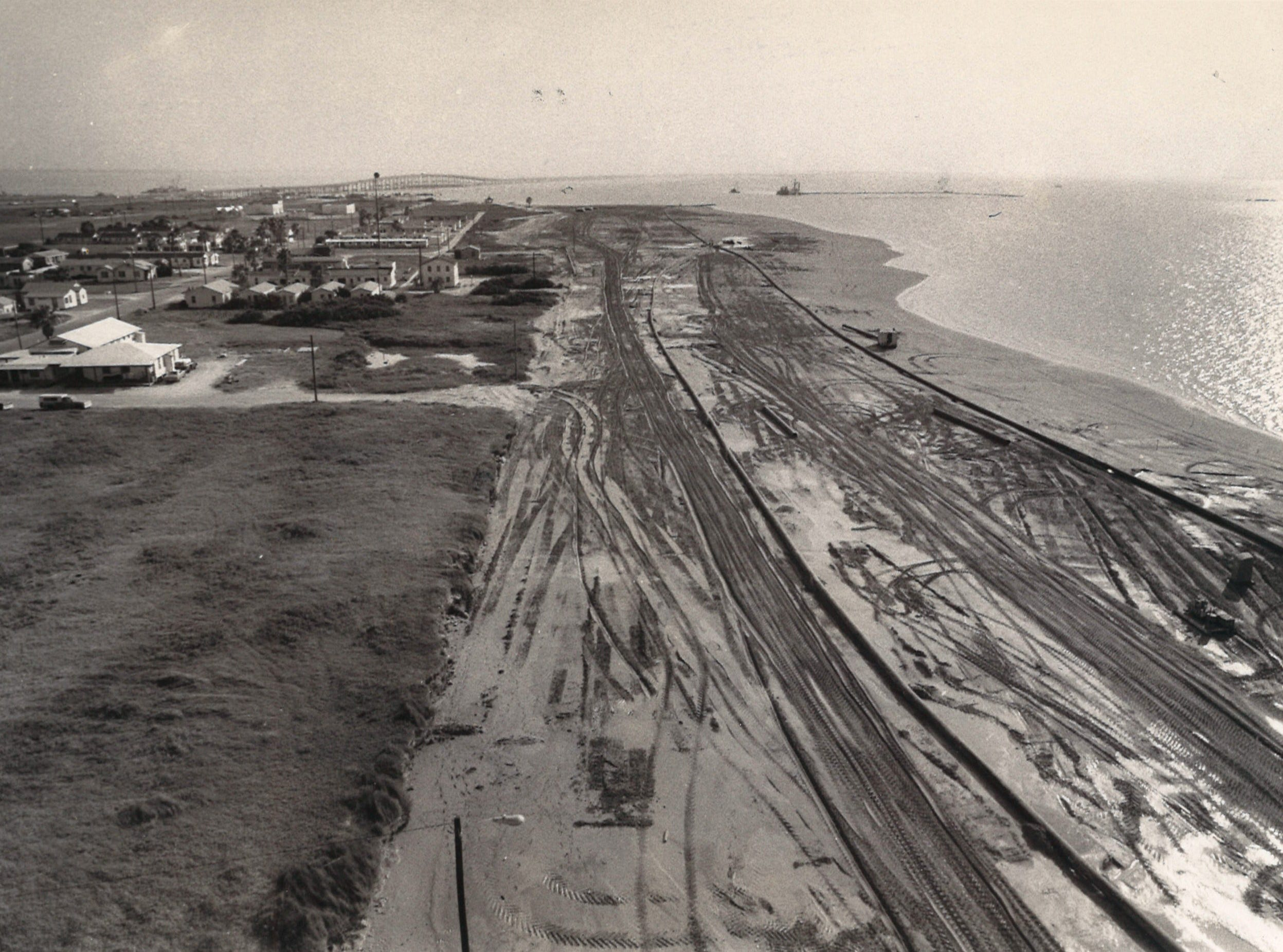 Redevelopment work begins on Corpus Christi's North Beach in June 1977.