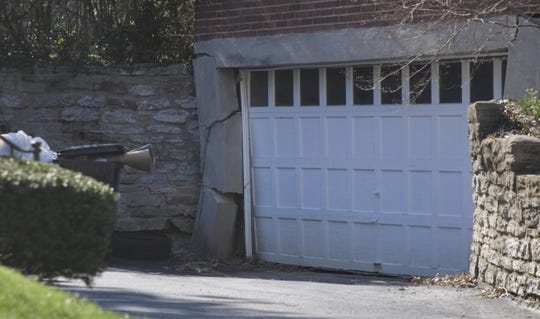 4 homeowners in North Avondale face up to $326,000 to build a wall to protect their homes from a landslide.
