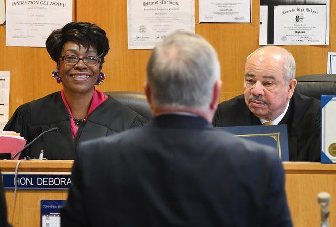 3rd Circuit Court Judges Deborah Thomas and Ulysses Boykin oversee the graduation ceremony at the Wayne County Veterans Treatment Court at the Frank Murphy Hall of Justice in Detroit Wednesday.