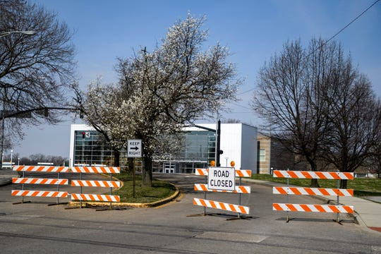 Detours are aplenty in downtown Evansville as water utility construction takes place between Veterans Memorial Parkway from Shawnee Drive to the intersection of Riverside Drive and Cherry Street over the first couple weeks of April 2019. The Evansville Museum and Mickey's Kingdom will stay open and can be accessed through an entrance on Cherry Street.