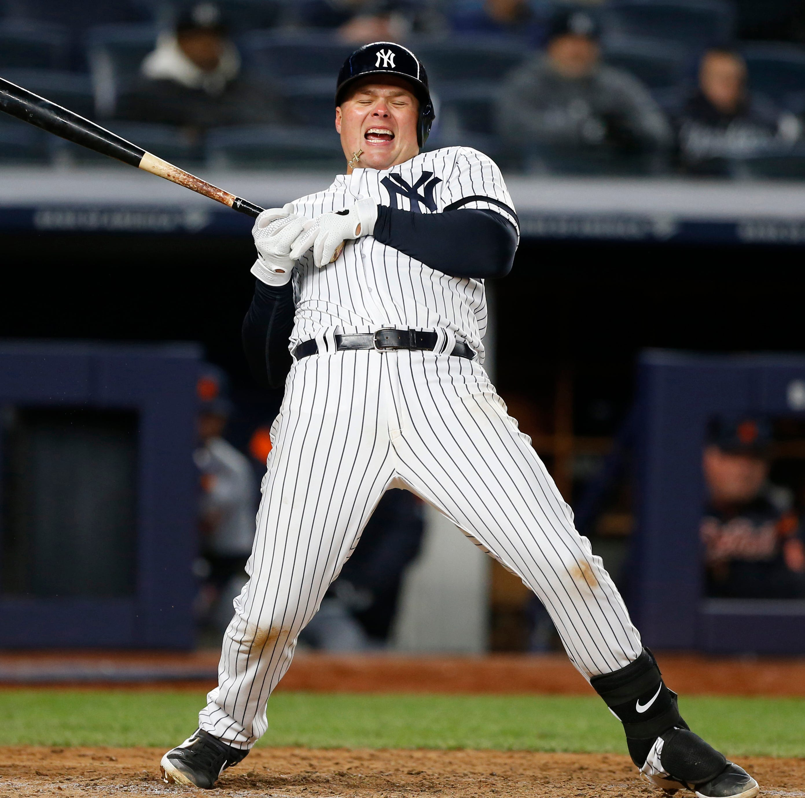 Luke Voit survives injury scare, but Yankees lose as Aroldis Chapman gives up go-ahead runs