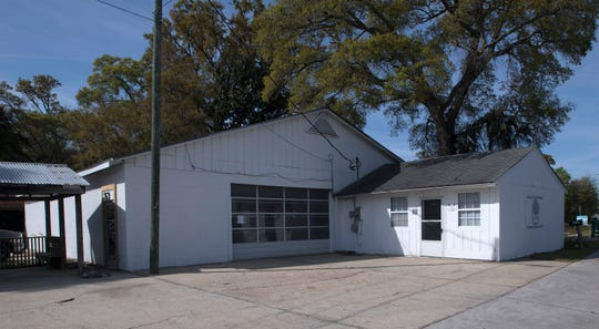 Renovations to this building on Barrancas Avenue are underway Wednesday. Once the remodel is complete, it will be the home of the new Frazier's Country Wines.