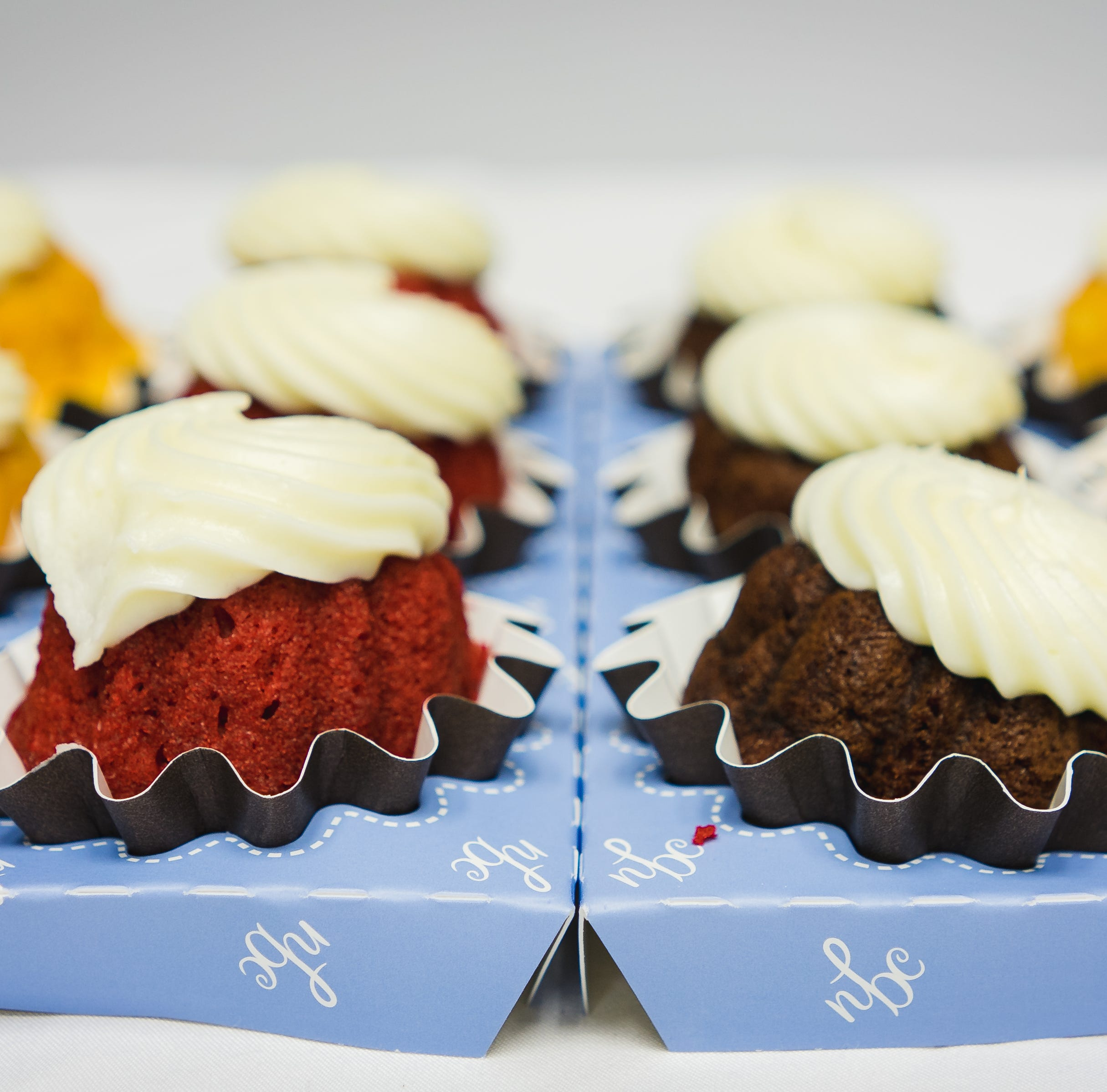 Nothing Bundt Cakes in Pensacola giving away 300 free Bundtlets to celebrate 300th store