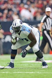 Former Tennessee Titans offensive guard Quinton Spain (67) is now a Buffalo Bill.