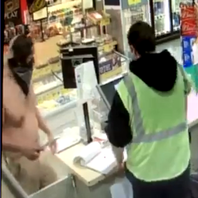 Video: Shirtless man with knife robs station clerk