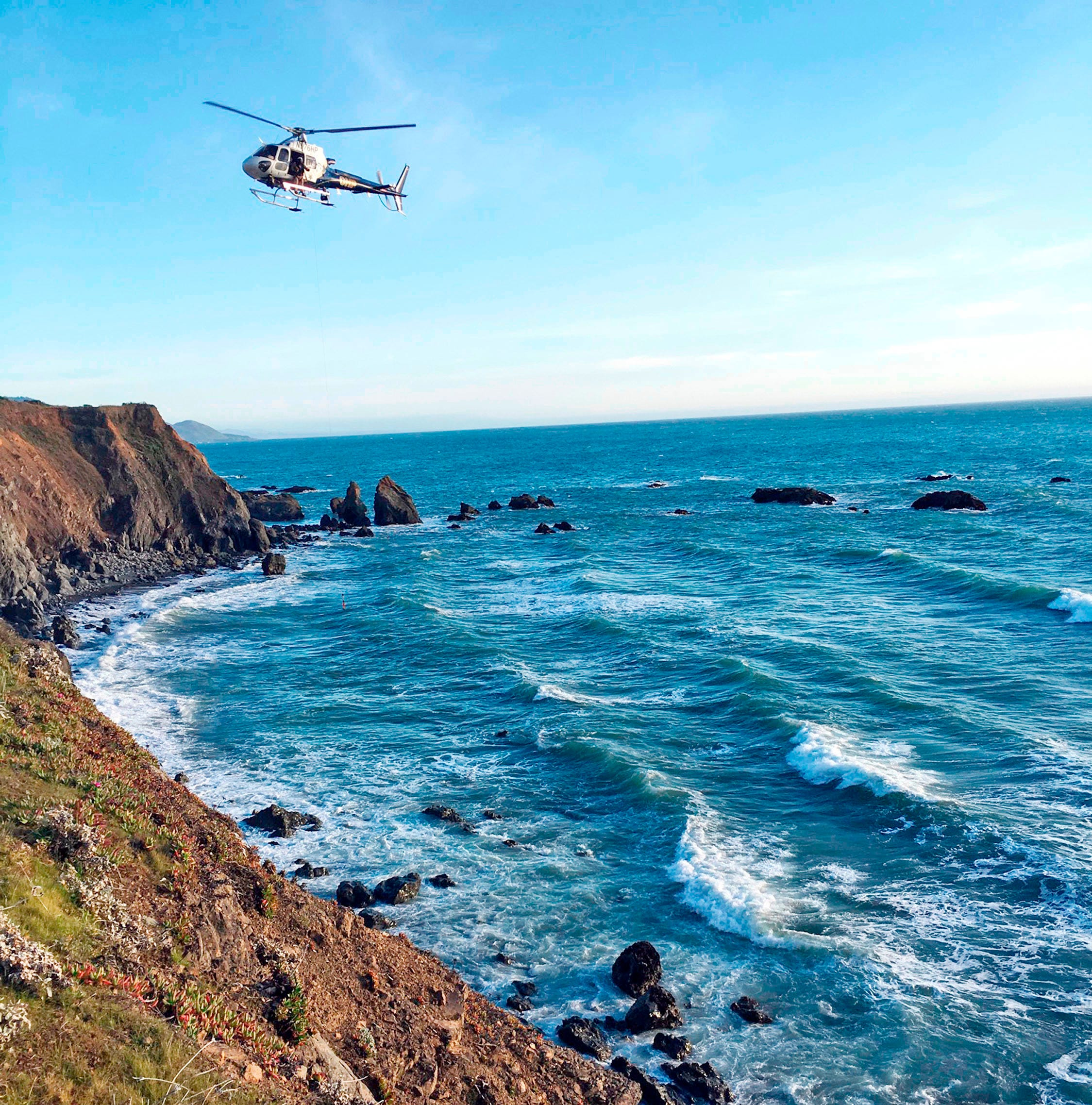 Details emerge on Hart family whose SUV plunged off Calif. cliff