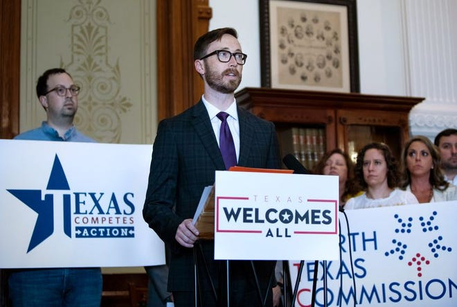 Dave Edmonson, Executive Director of Texas and the Southeast region for TechNet, speaks against discriminatory legislation during a press conference on March 27, 2019.