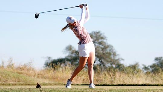 FSU freshman golfer Frida Kinhult