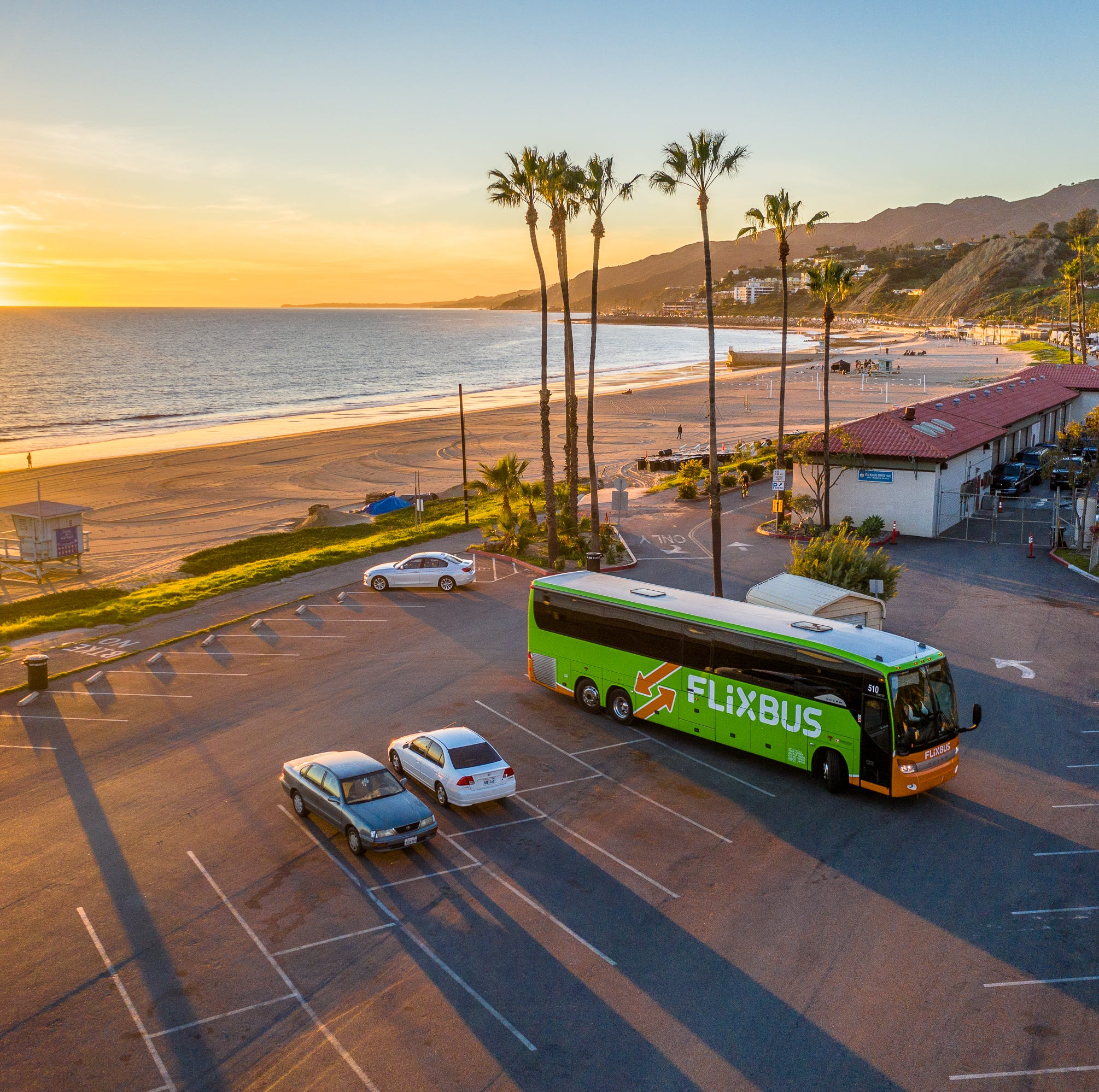 Global bus company offering fares starting at 99 cents plans a Ventura stop