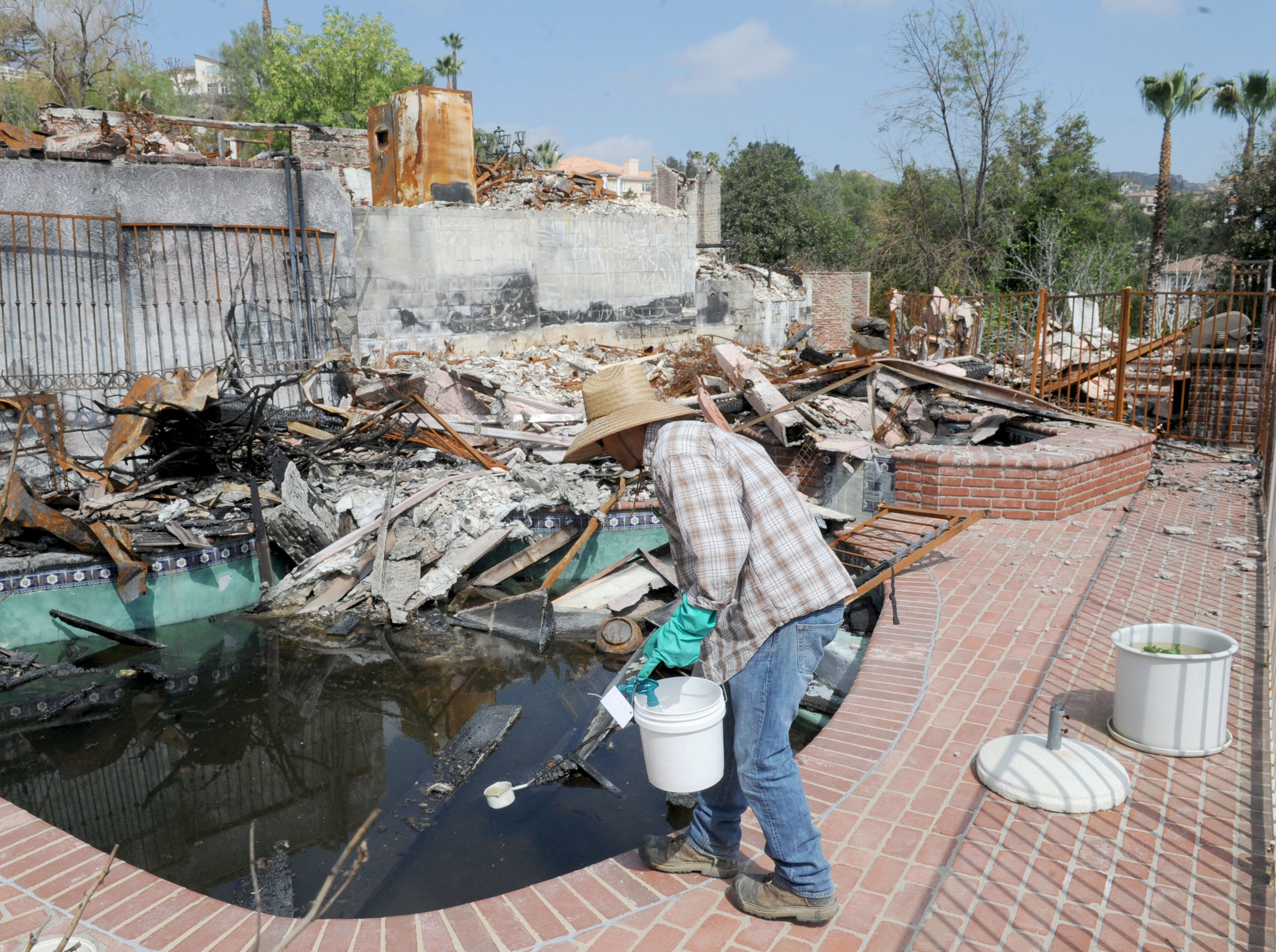 Swimming pools left behind in Woolsey Fire trigger mosquito control