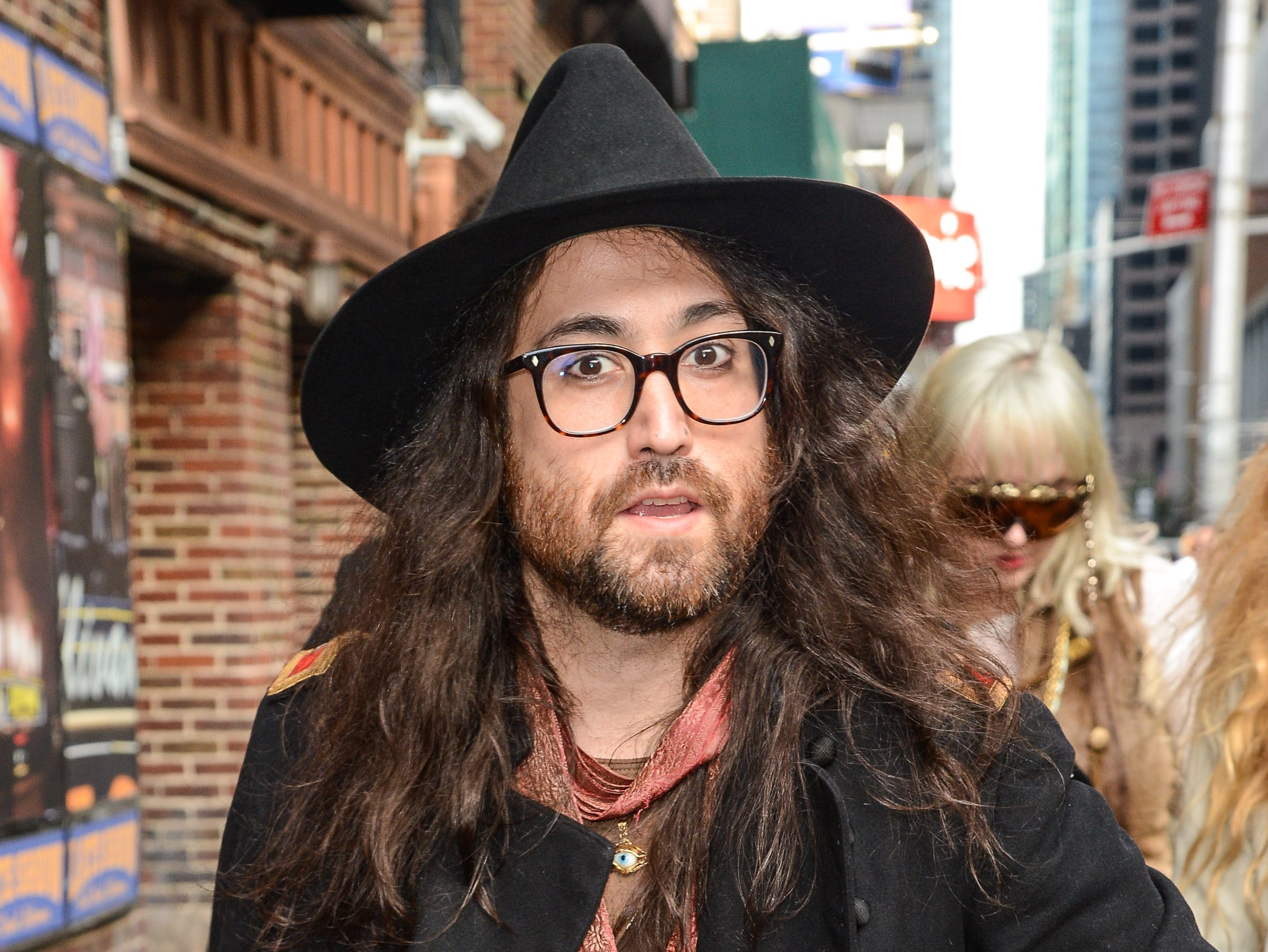 "NEW YORK, NY - MAY 01:  Musician Sean Lennon enters the ""Late Show With David Letterman"" taping at the Ed Sullivan Theater on May 1, 2014 in New York City.  (Photo by Ray Tamarra/WireImage) ORG XMIT: 184455201 ORIG FILE ID: 487659497"