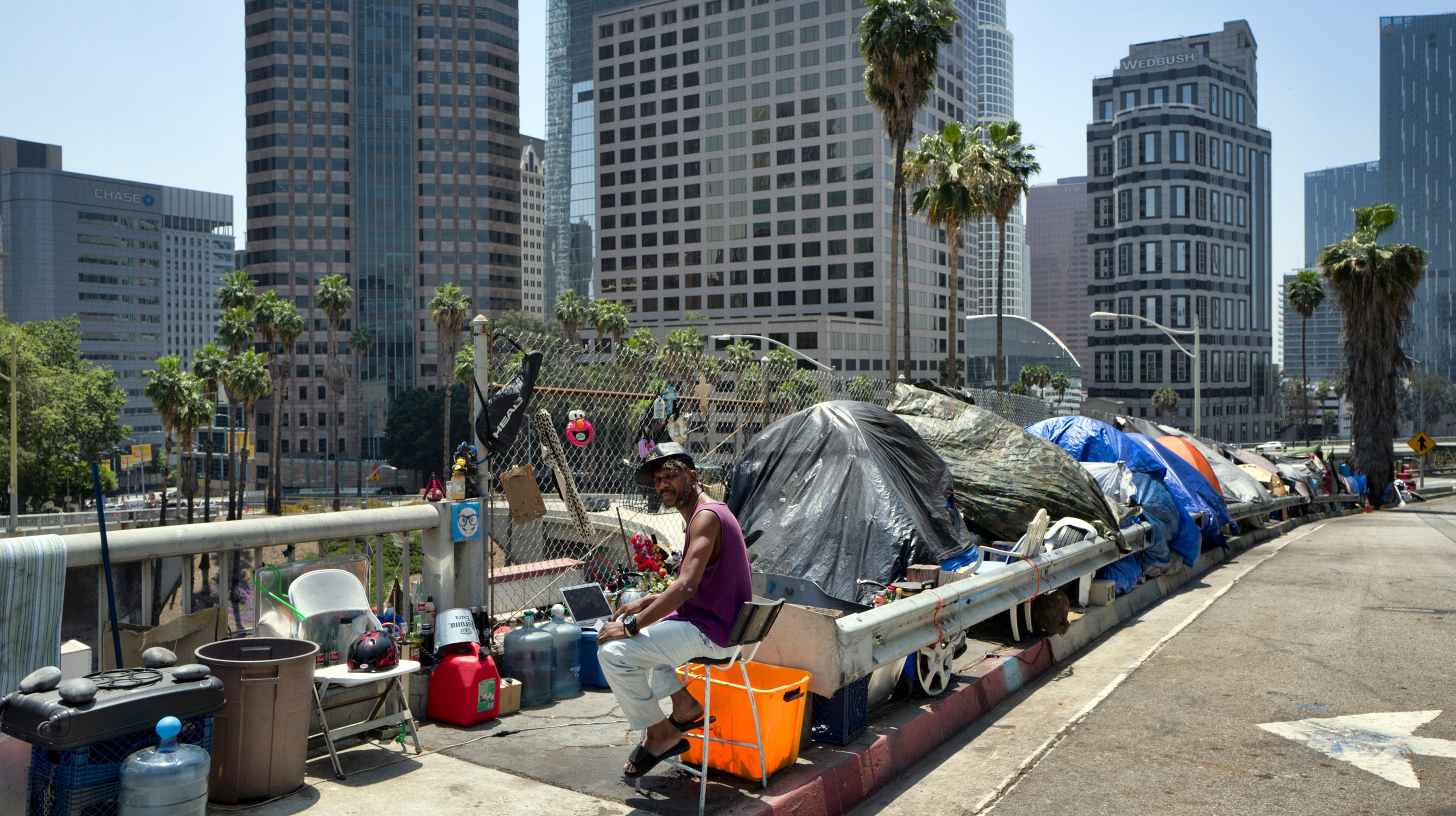 As Trump officials target California's homeless crisis, state officials brace for fight