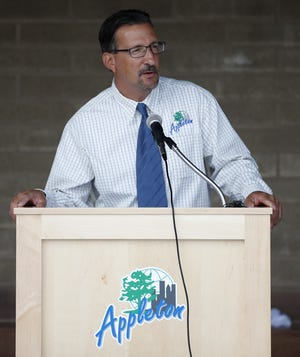 Dean Gazza, the director of parks for Recreation & Facilities Management, speaks at the grand opening of the Erb Park Pool Wednesday, July 12, 2017, in Appleton, Wis. Danny Damiani/USA TODAY NETWORK-Wisconsin