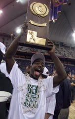 Mateen Cleaves not only was the point guard on Michigan State's national title team in 2000, he was the unquestioned leader, teammates say.