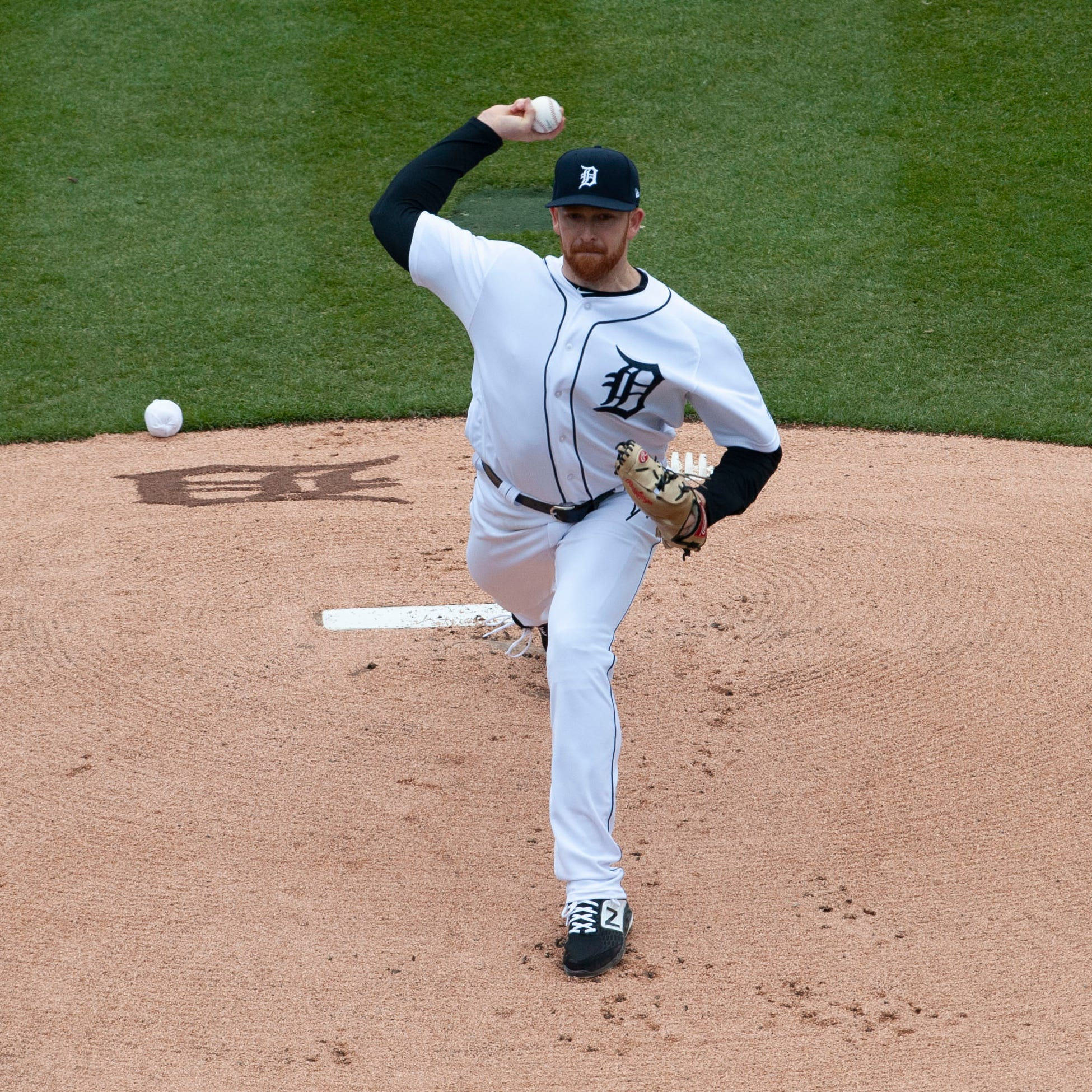Live updates: Tigers take 2-1 lead on Royals