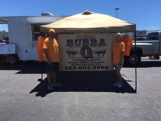 Bubba Q BBQ food truck is based in Jefferson City, Tennessee.