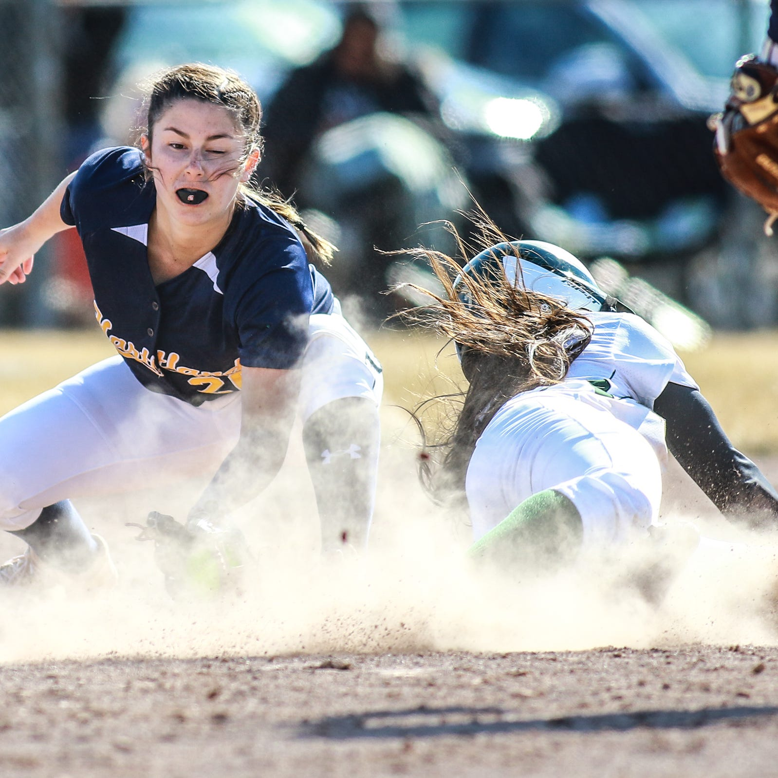 Last year's overlooked freshman makes game-saving play for Hartland softball at Howell