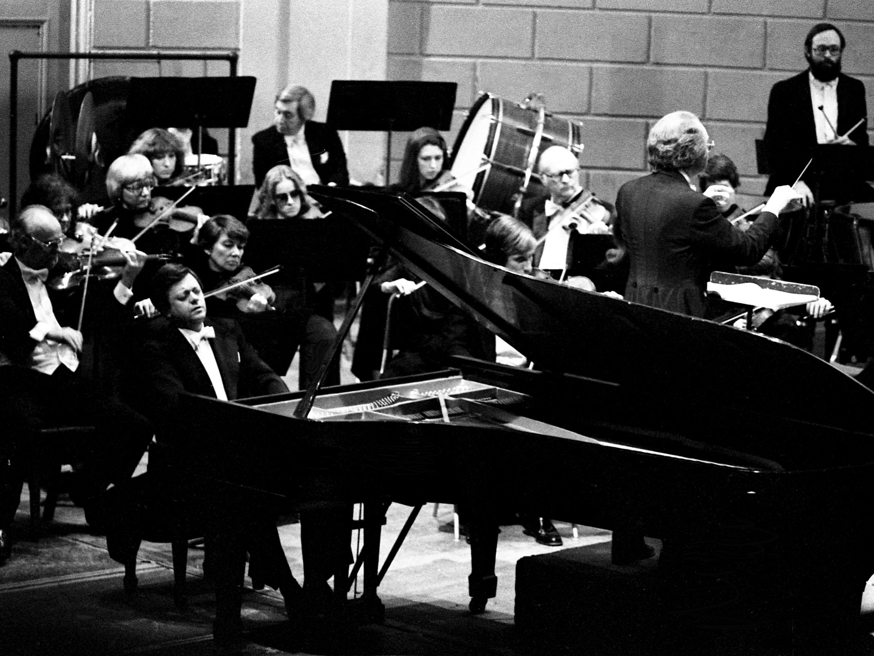 """Guest French pianist Philippe Entremont performs the """"Rachmaninov Concerto for Piano and Orchestra No. 3"""" with the Nashville Symphony on April 5, 1979, at the War Memorial Auditorium. The concert marked the close of the Symphony's 1978-79 season."""