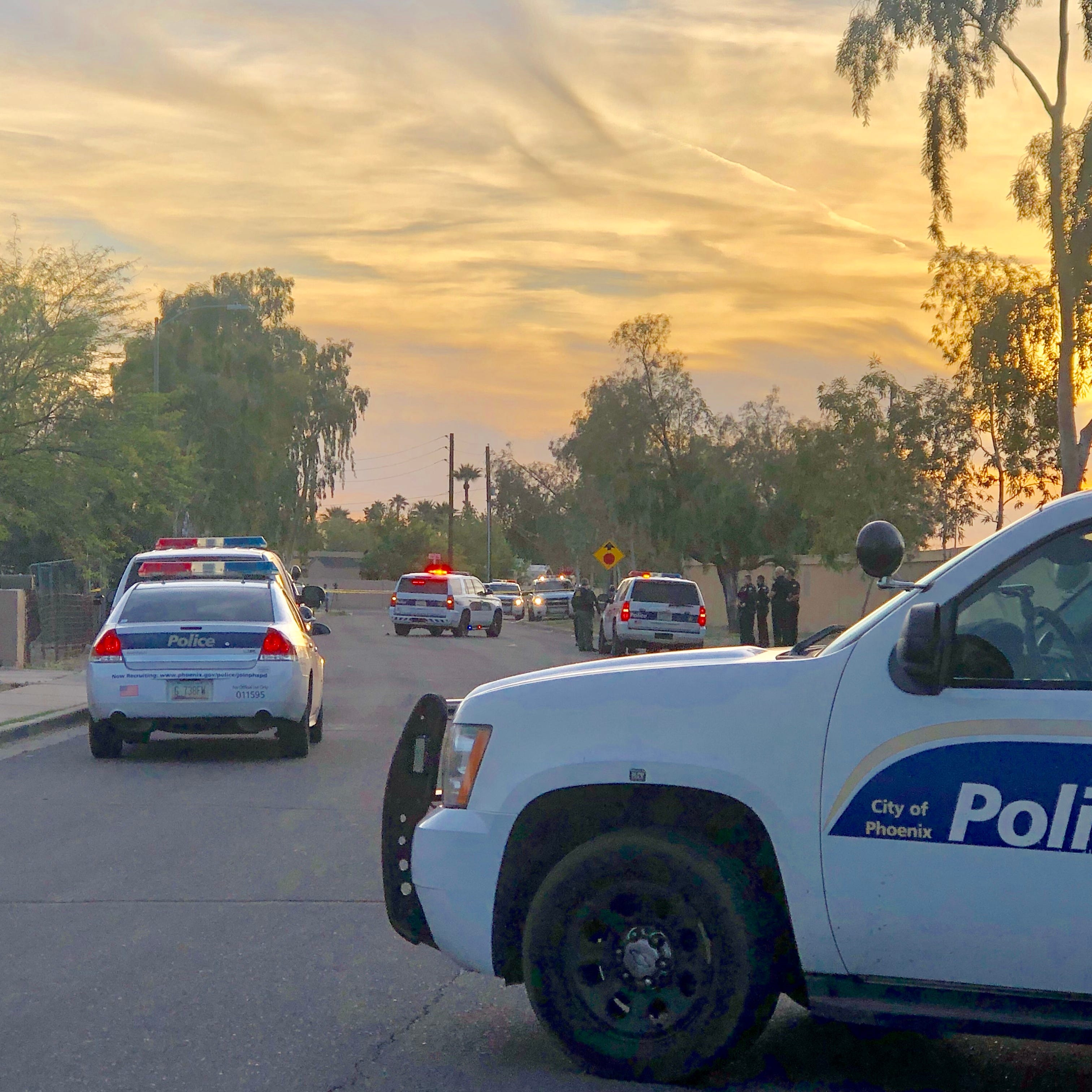 Phoenix police: Man, 10-year-old daughter 'extremely critical' after both shot after pulling into driveway