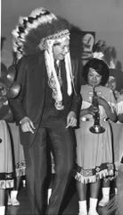 In 1967, Wayne Newton paid a visit to St. John's Indian School in Arizona.