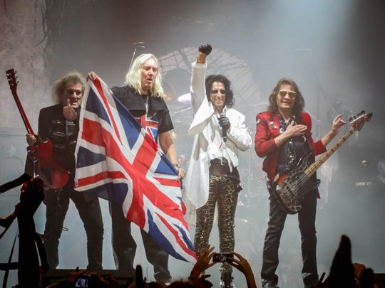 Alice Cooper group onstage at Wembley.