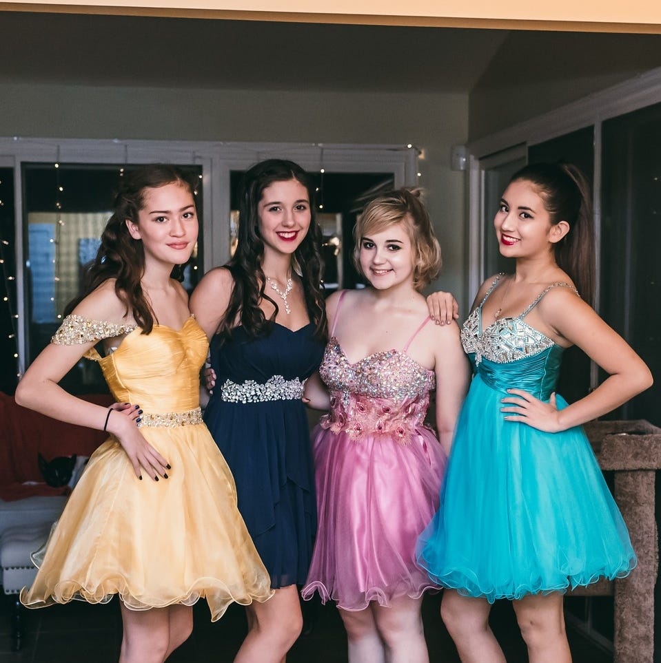 Money saving tips for prom season to cut costs without cutting the fun