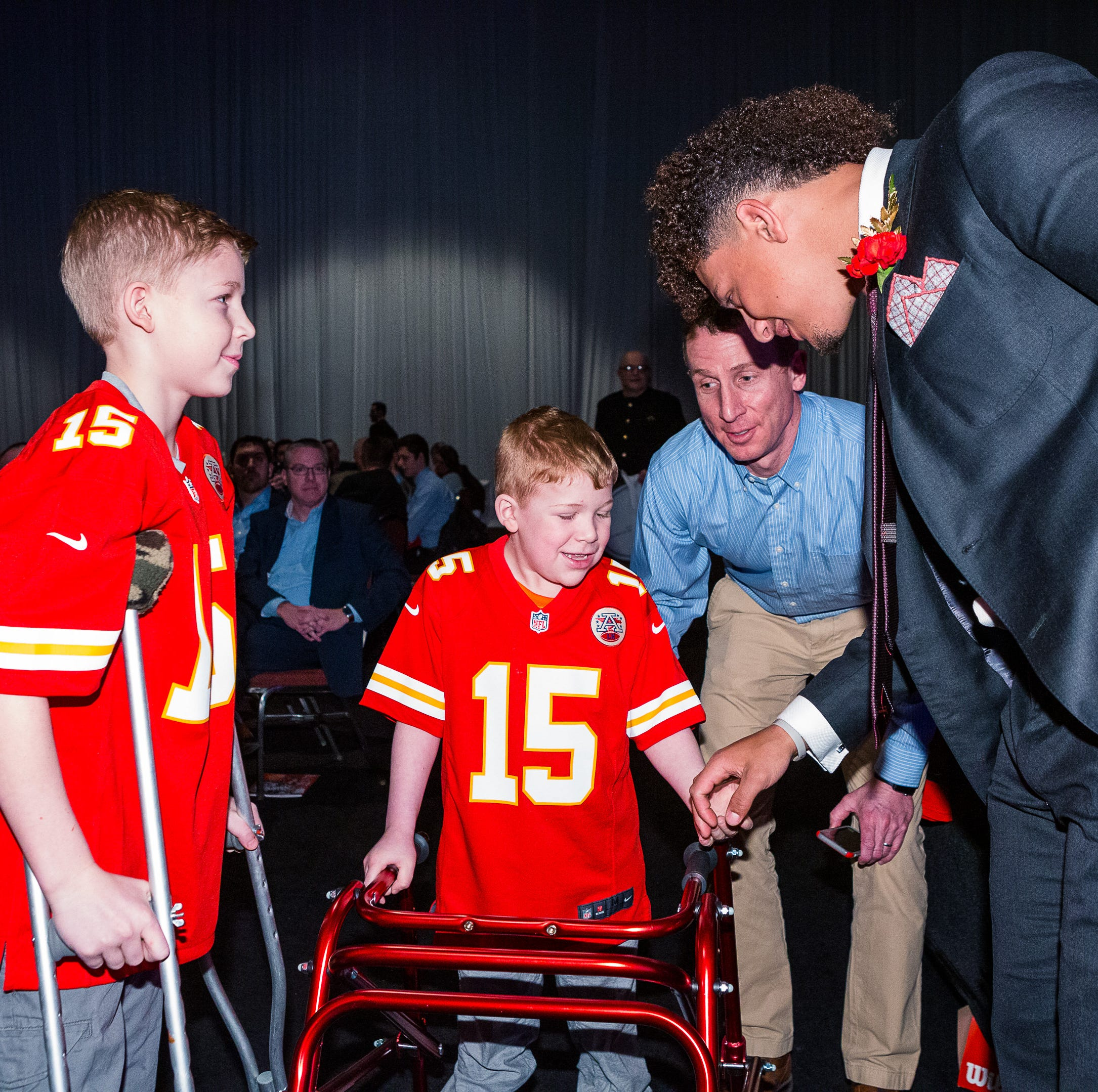 Kansas City Chiefs quarterback Patrick Mahomes to announce exclusive Hy-Vee partnership at event in Des Moines