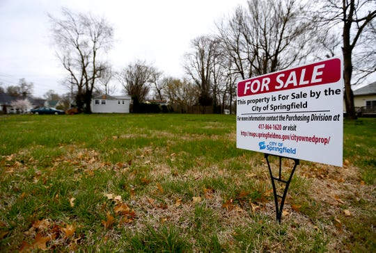 A vacant lot at 1129 W. Nichols St. is for sale by the city of Springfield on Thursday, April 4, 2019. The city is accepting bids on 17 surplus properties throughout the city.