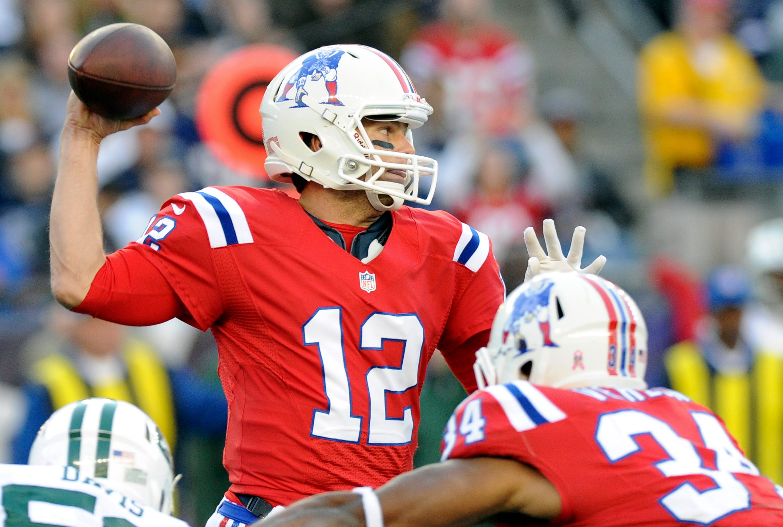 Tom Brady sports the Patriots' classic throwback uniform in a 2012 game against the Jets at Gillette Stadium. (Photo: Bob DeChiara, US PRESSWIRE)