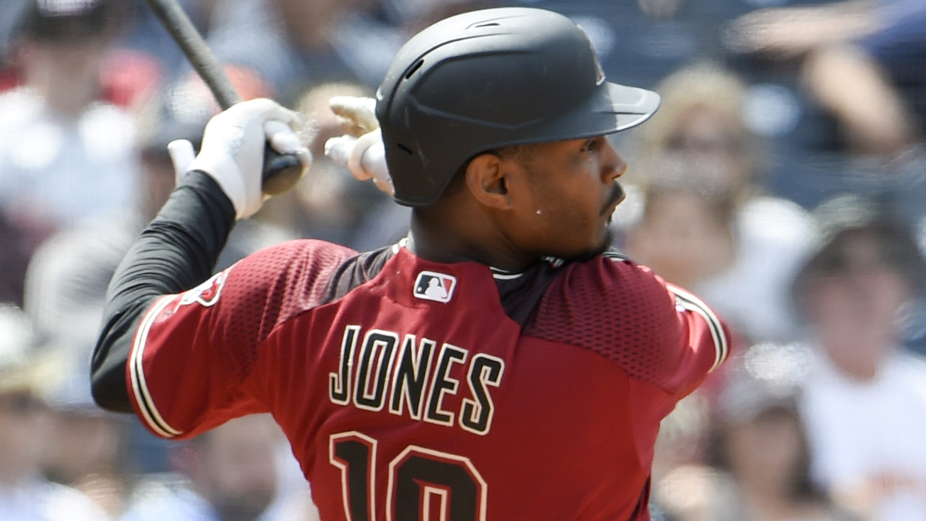 Diamondbacks Adam Jones Has Petco Park Fan Ejected For Vulgar Language