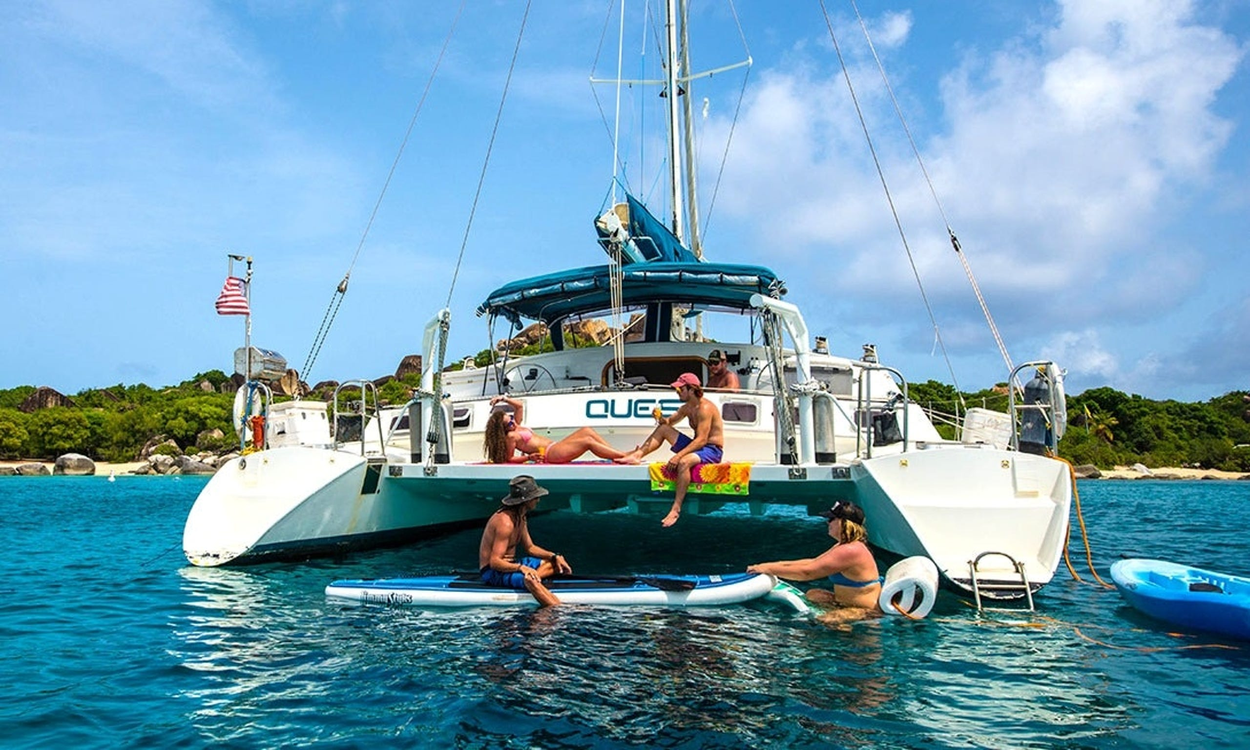 Luxury vacation by renting a boat