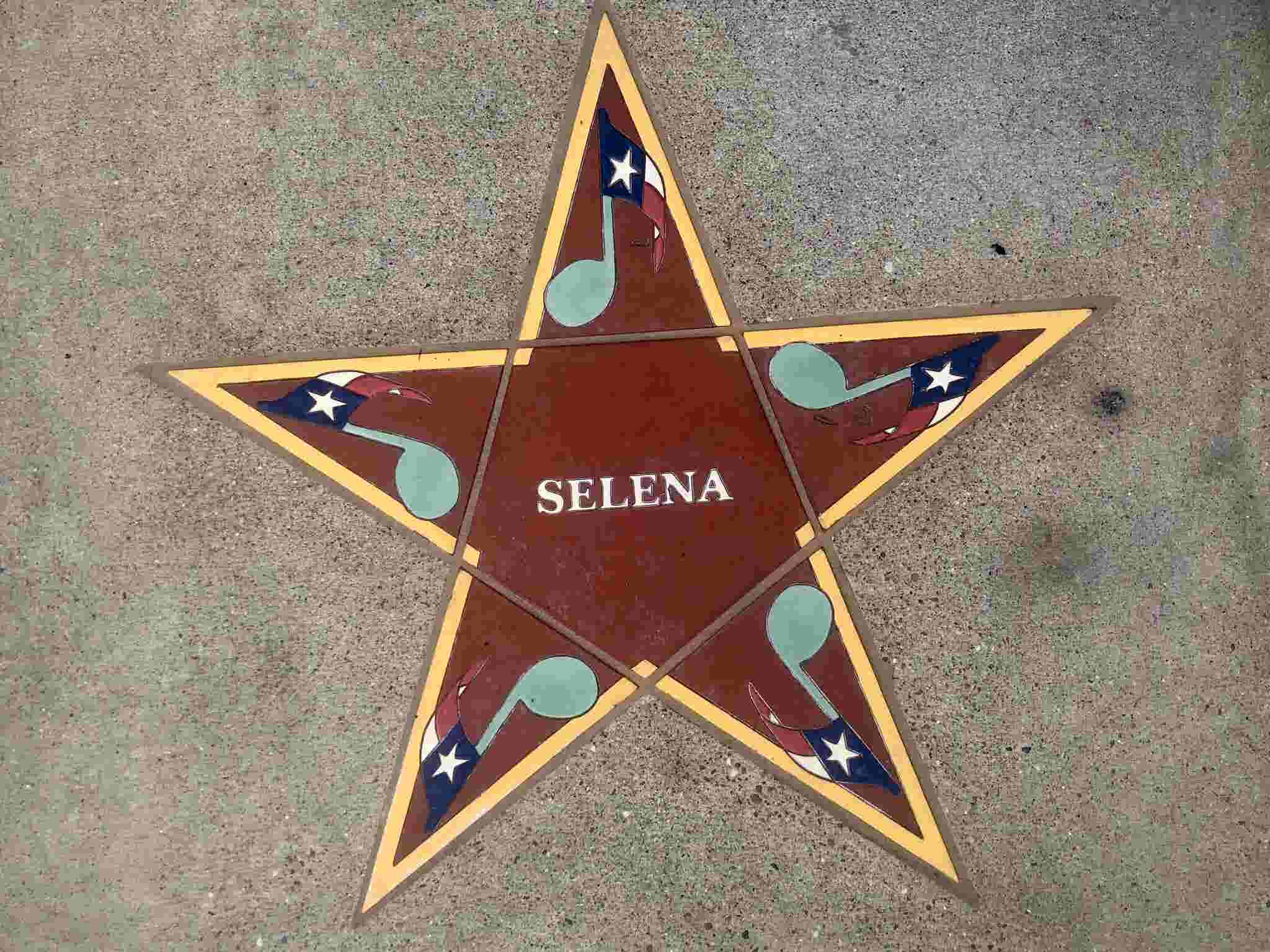 Selena Quintanilla landmarks you can visit in Corpus Christi