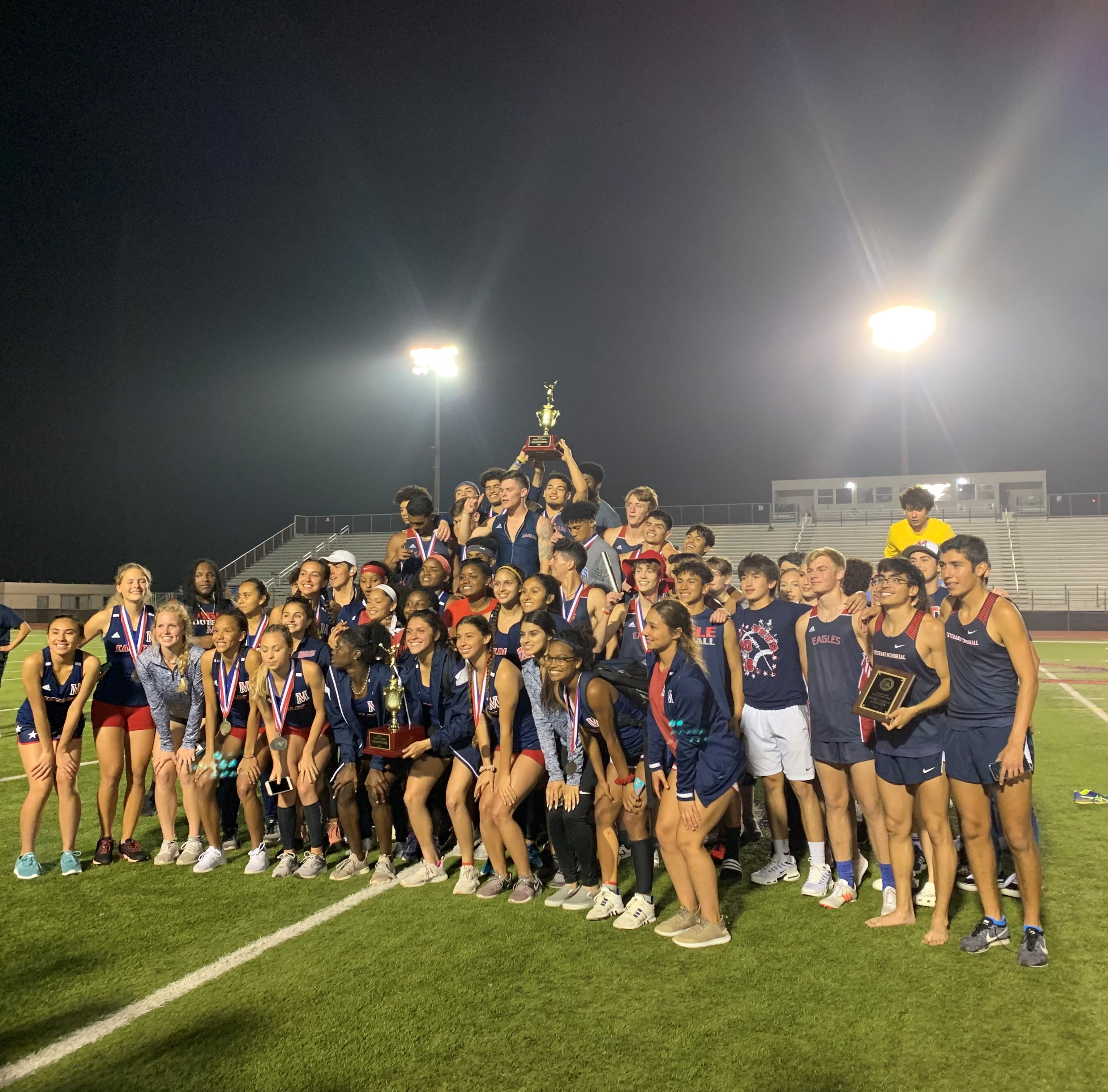 Veterans Memorial's girls and boys track and field teams earn district titles