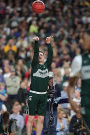 Michigan State guard Foster Loyer goes through drills during practice for their NCAA Semifinal game against Texas Tech Friday, April 5, 2019 at U.S. Bank Stadium in Minneapolis, Minn.
