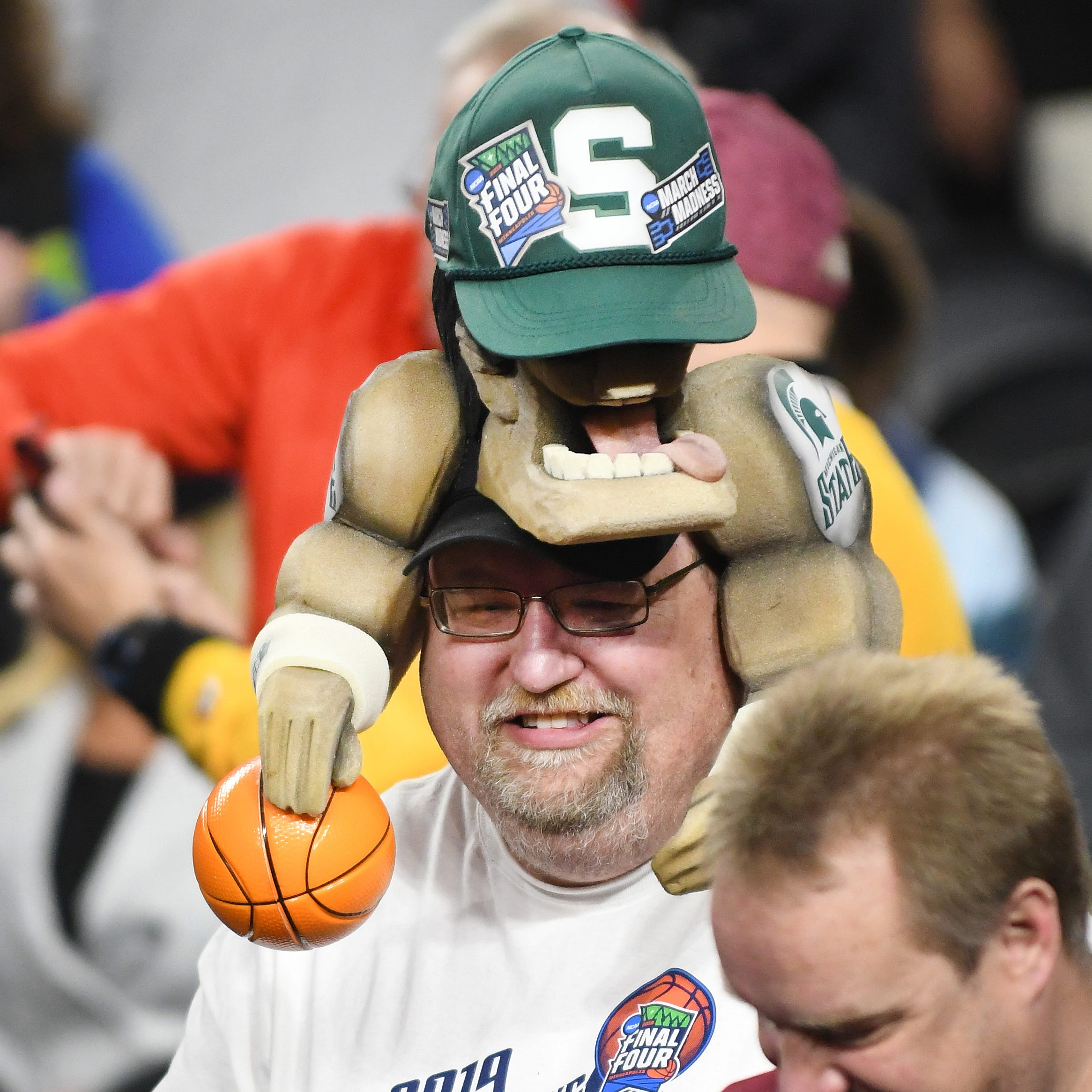 'It's huge': About 5,000 fans enjoy Michigan State Final Four practice