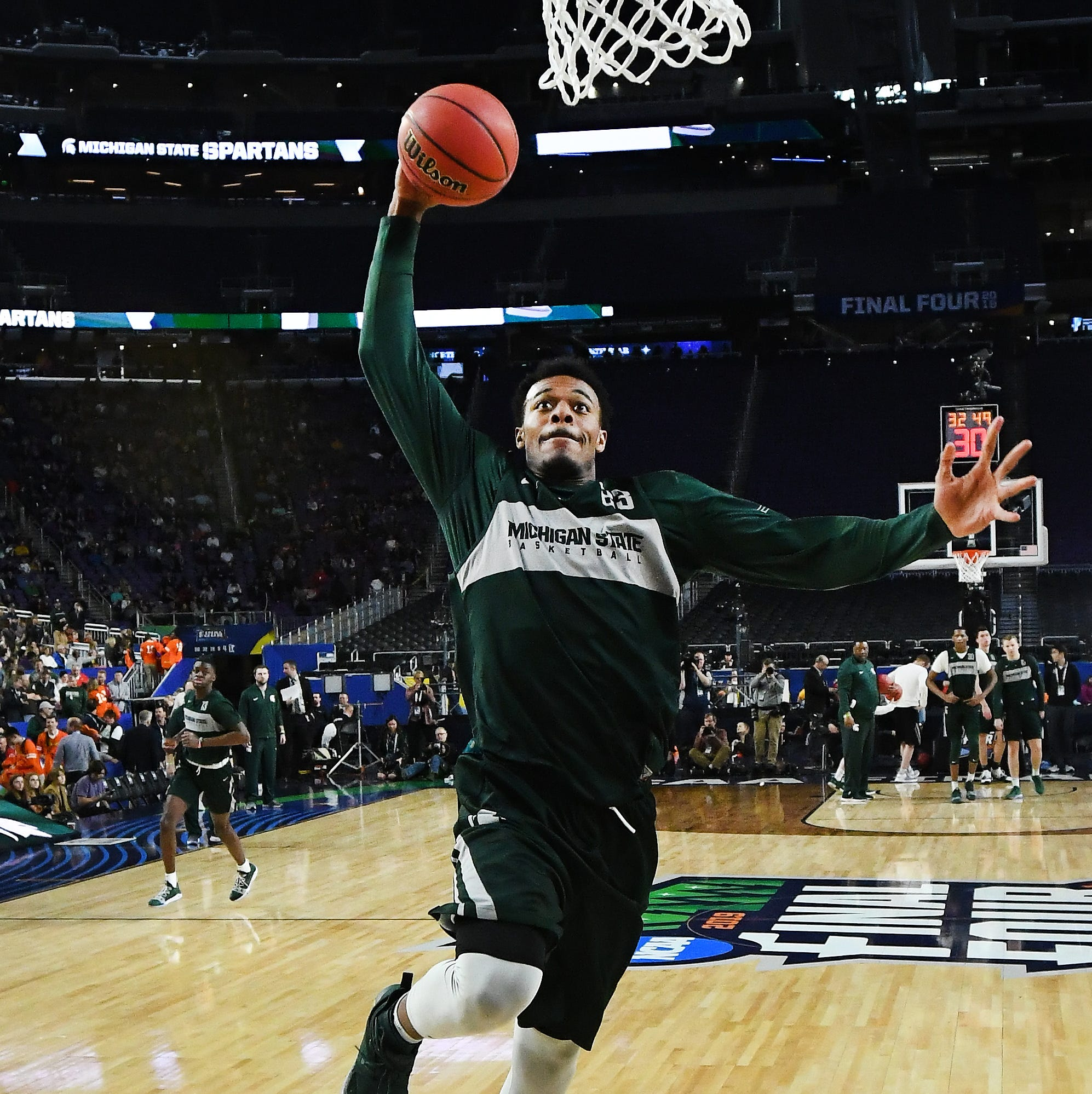 Michigan State players get to grips with Final Four's football stadium setting
