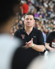 Texas Tech head coach Chris Beard watches over his team during the open practice.