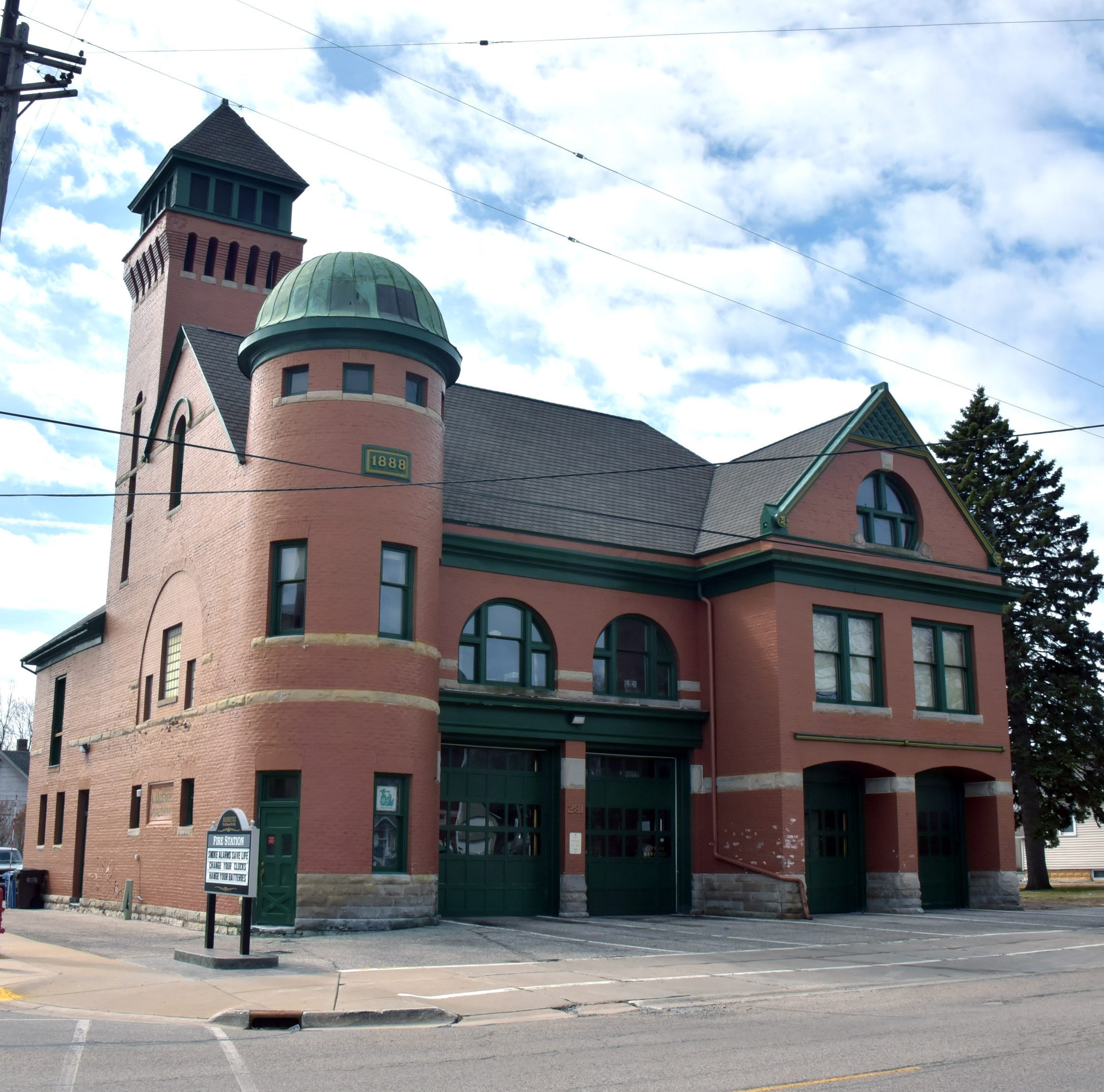 Manistee seeks Guinness record for oldest continuously operated fire station