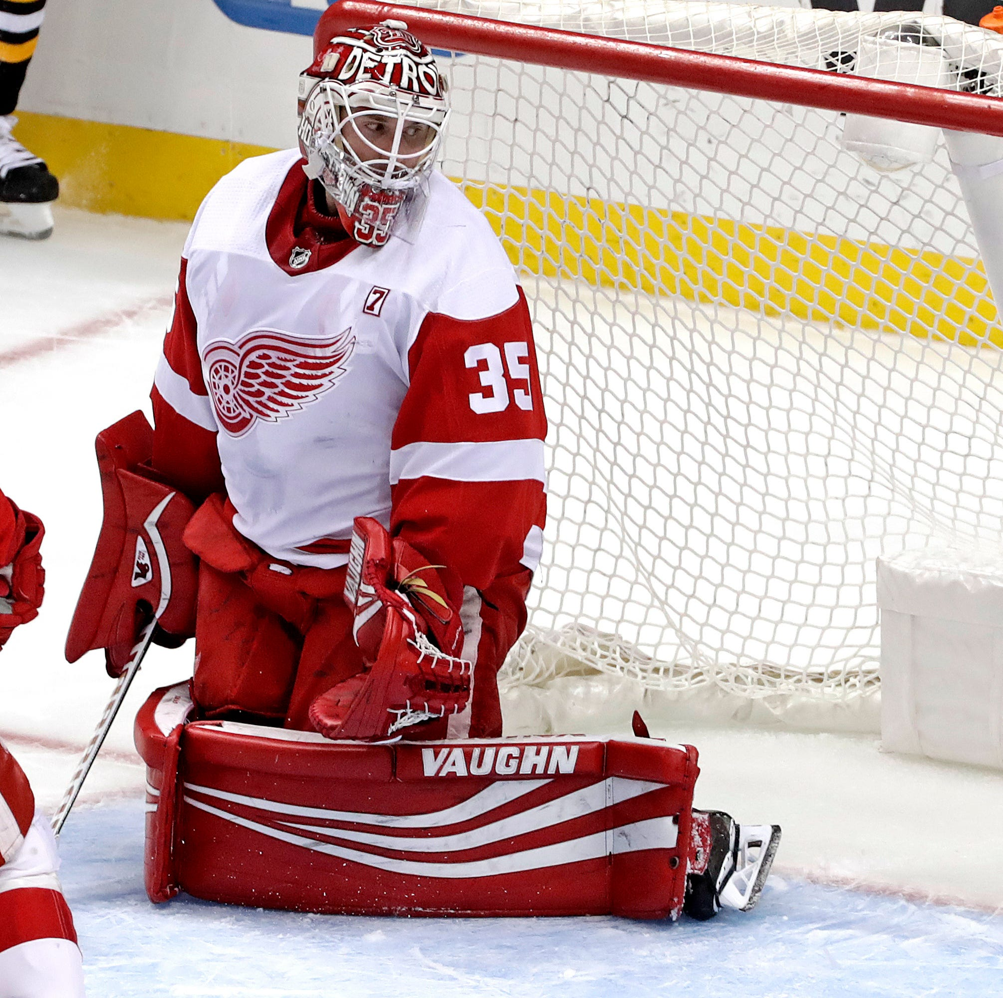 'It just wasn't good enough': Red Wings see 6-game win streak crumble in lackluster loss to Penguins