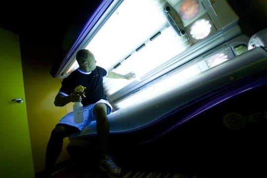 South Carolina lawmakers on Wednesday expressed concern about youths using tanning beds during discussion of a bill that would change state law and prohibit anyone under the age of 18 from using indoor tanning beds.