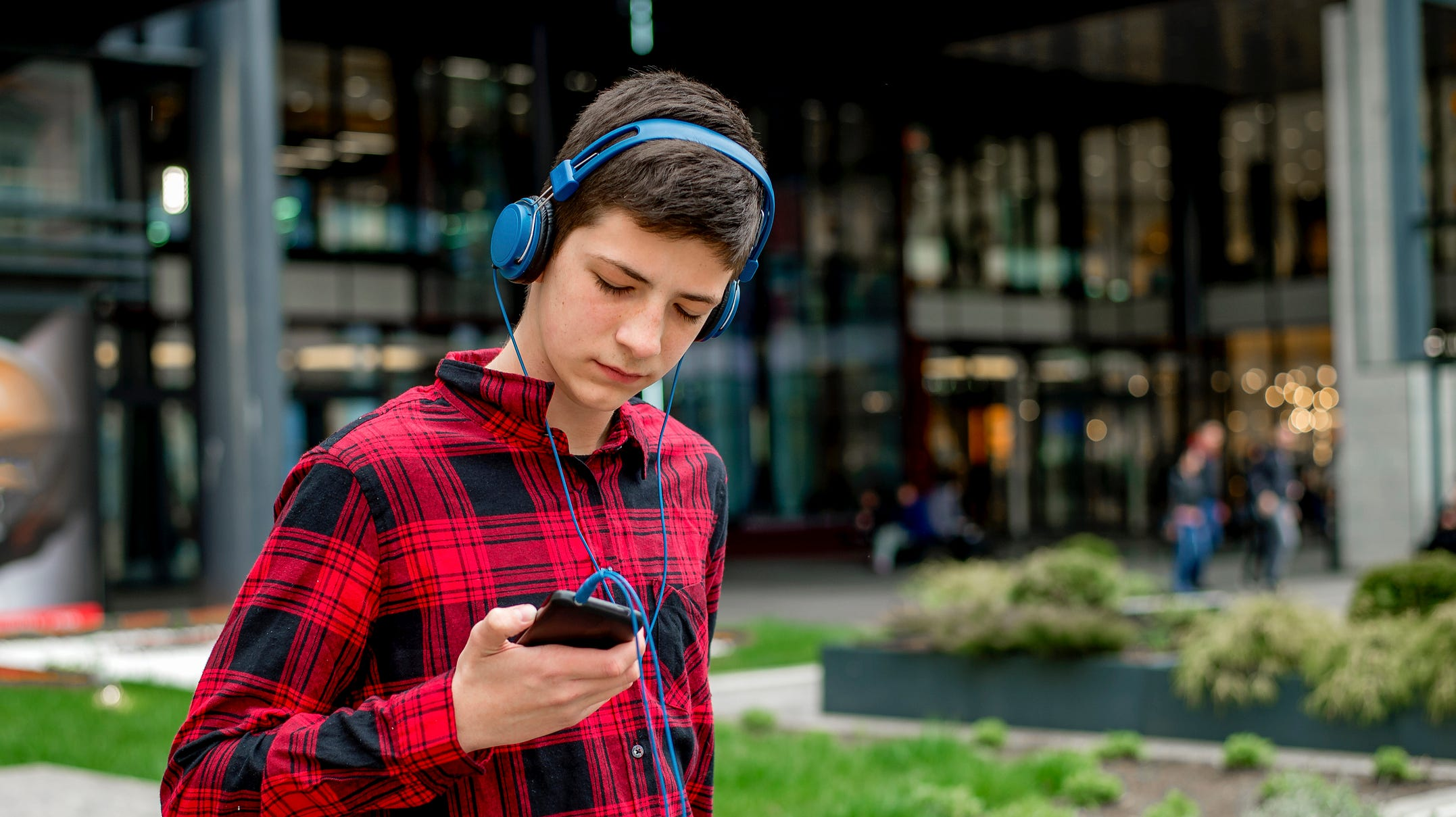 Earbuds tend to damage the inner ear, hindering the brain's ability to receive certain pitches from the inner ear.