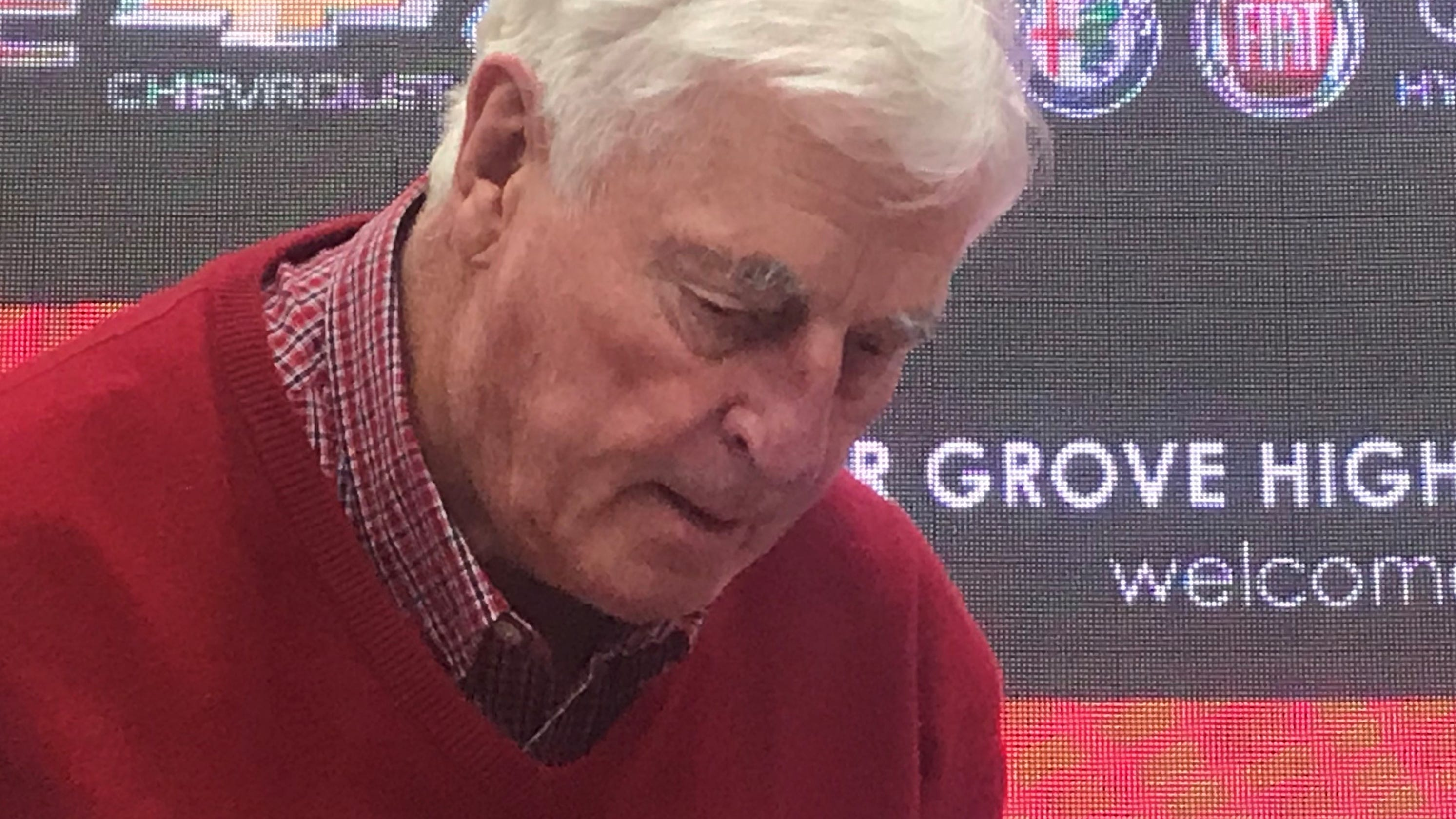 Former Iu Basketball Coach Bob Knight Witty But Struggles With Memory