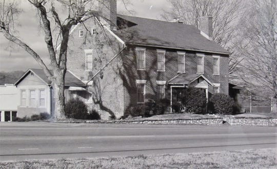 Farragut's Campbell Station Inn, seen from Kingston Pike in undated photo.
