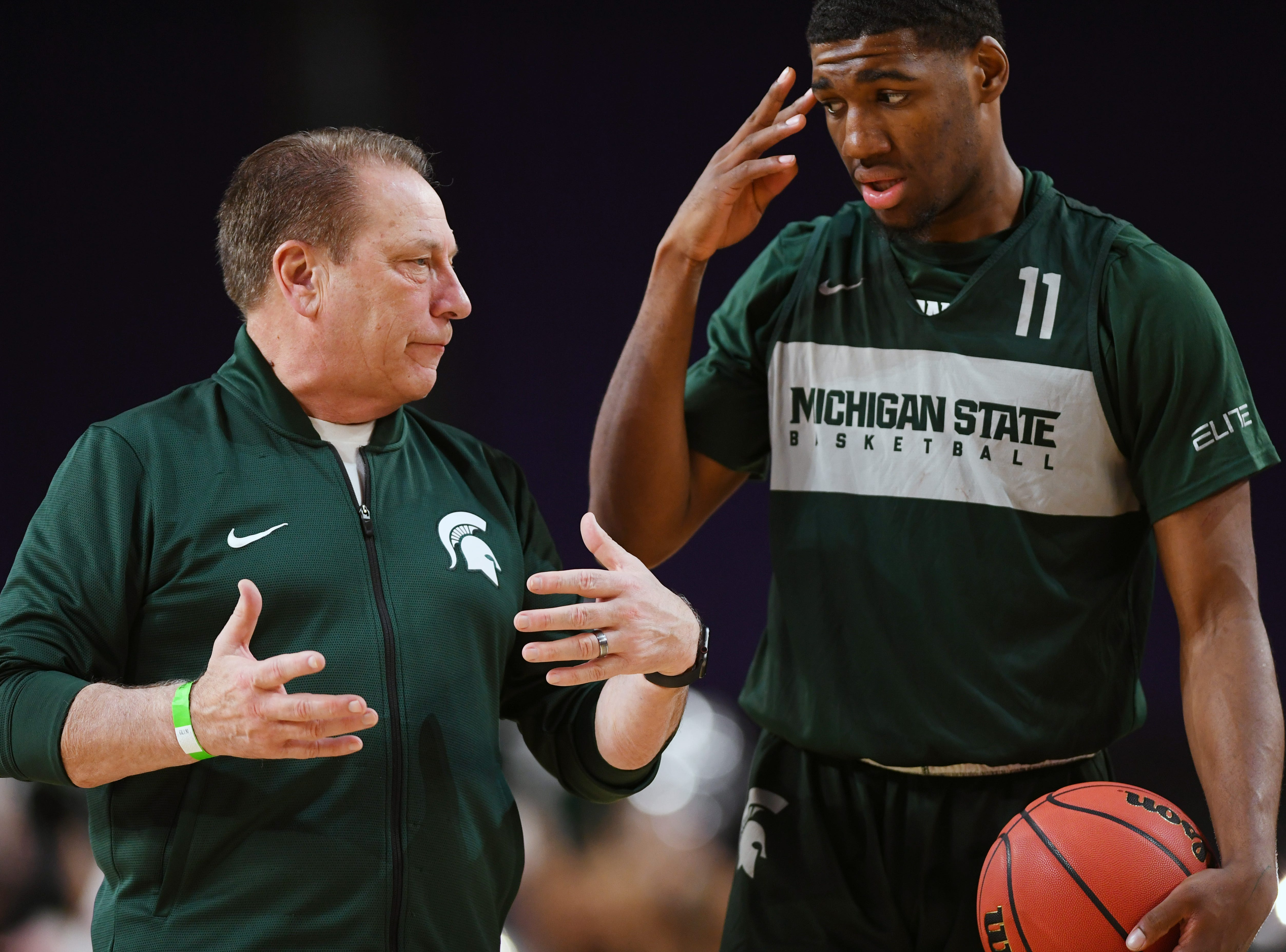 Apr 5, 2019; Minneapolis, MN, USA; Michigan State Spartans head coach Tom Izzo talks with forward Aaron Henry (11) during practice for the 2019 men's Final Four at US Bank Stadium. Mandatory Credit: Bob Donnan-USA TODAY Sports