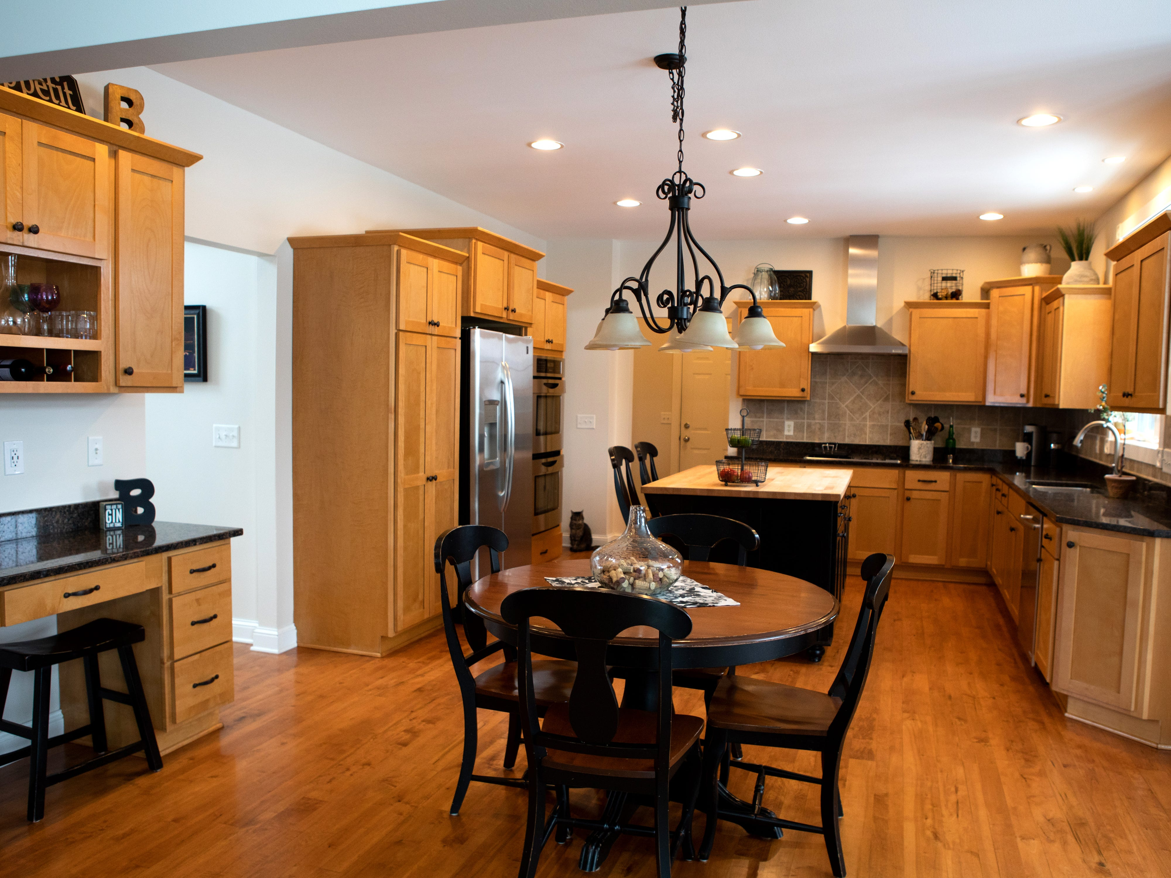 This kitchen needed an update, so the owners called in Tara Knox to paint the cabinets.