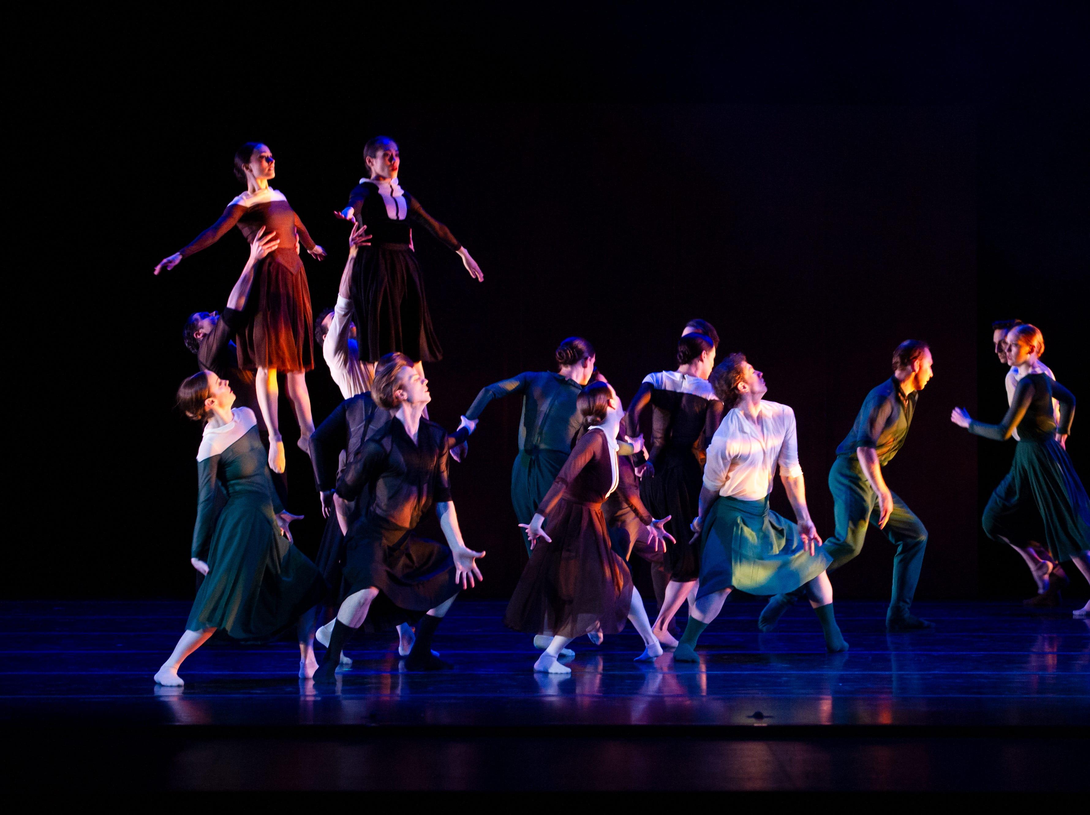 "Milwaukee Ballet dancers perform Enrico Morelli's ""Compieta."""