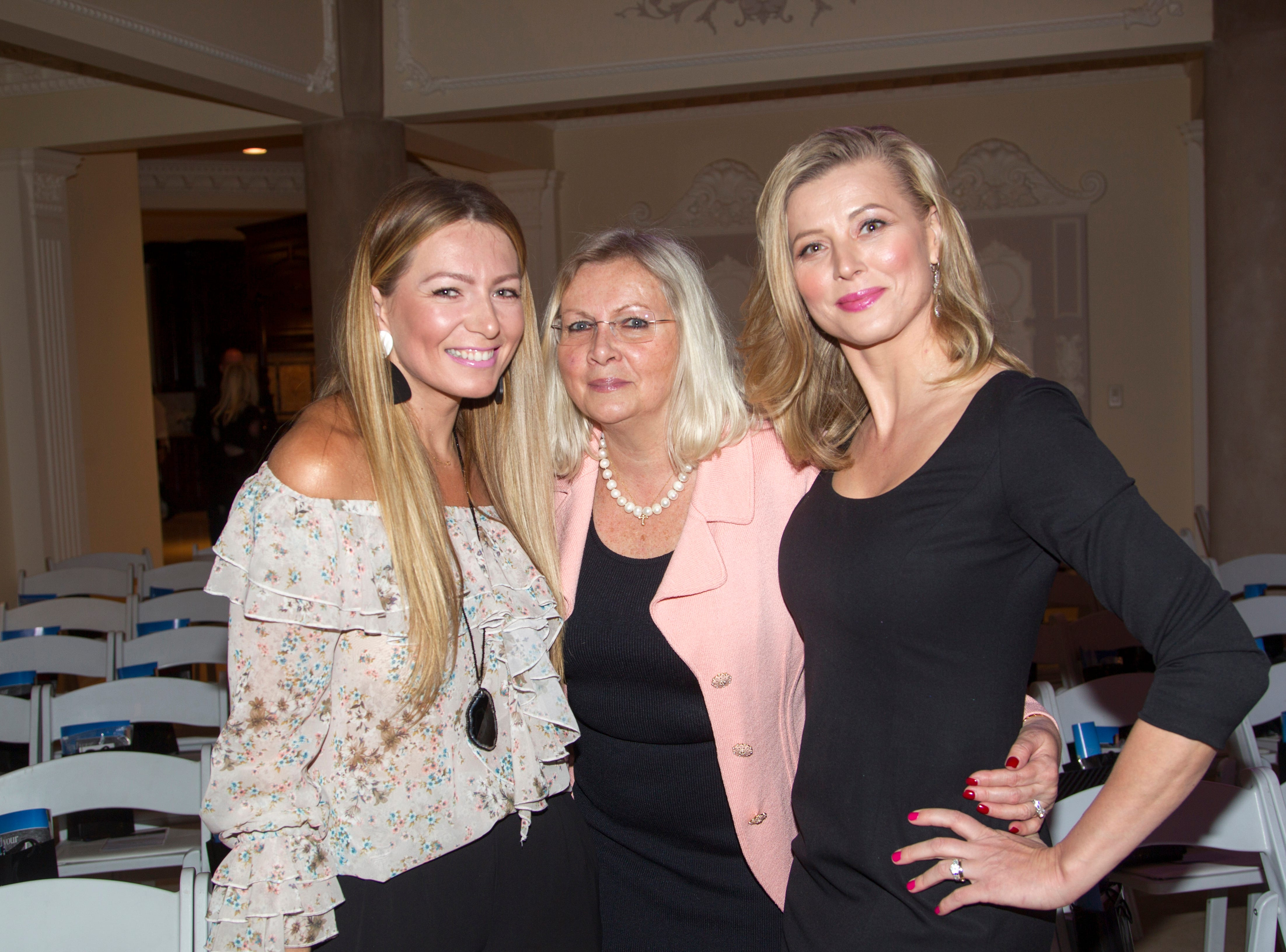Justyna, Margaret, Beata. Saddle River Arts Council presents An Evening of Giving Back featureing Eric Genuis in Saddle River. 03/30/2019