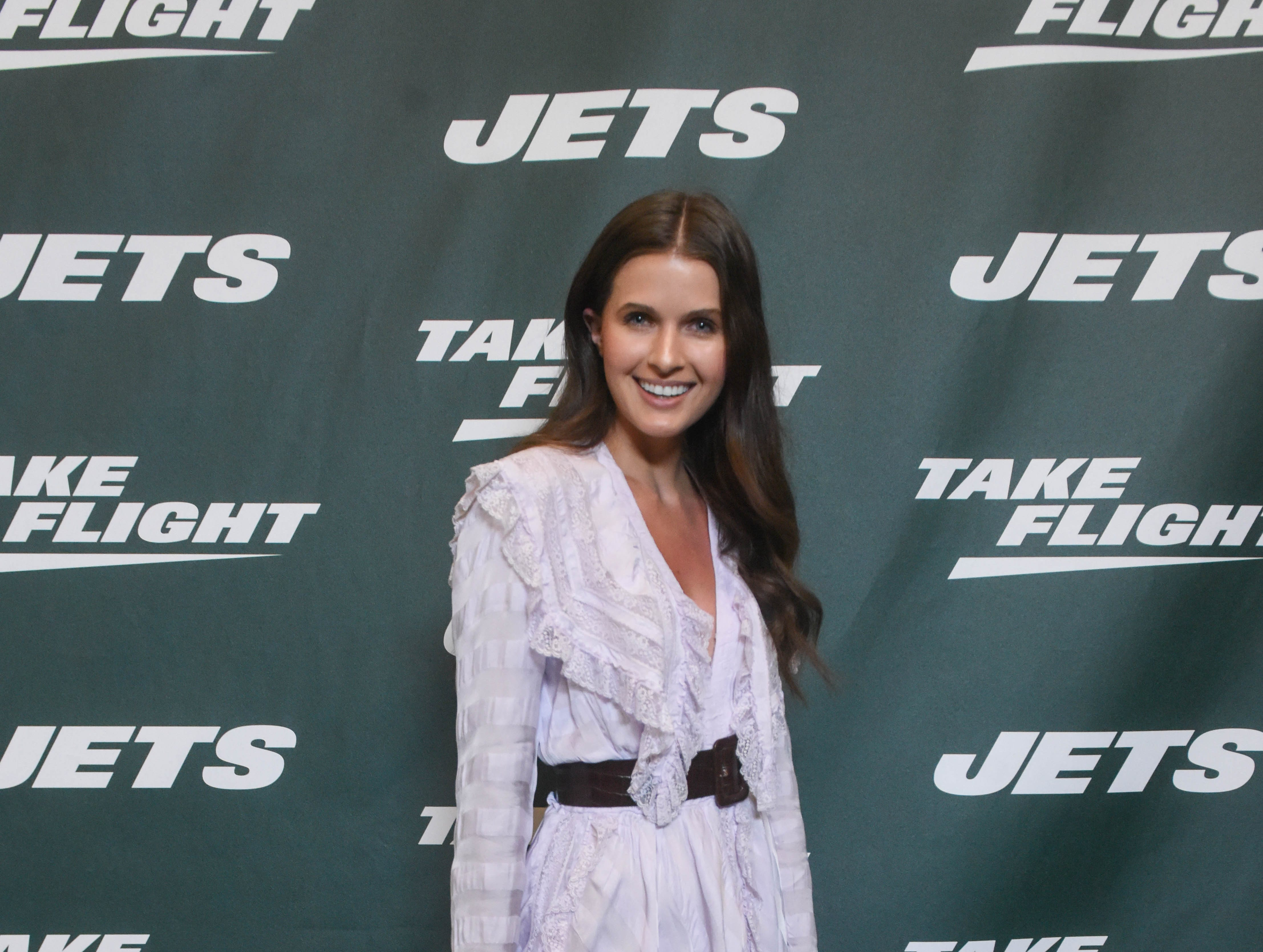 Jessica Markowski (Actress). The NY Jets unveiled their new football uniforms with an event hosted by JB Smoove at Gotham Hall in New York. 04/05/2019