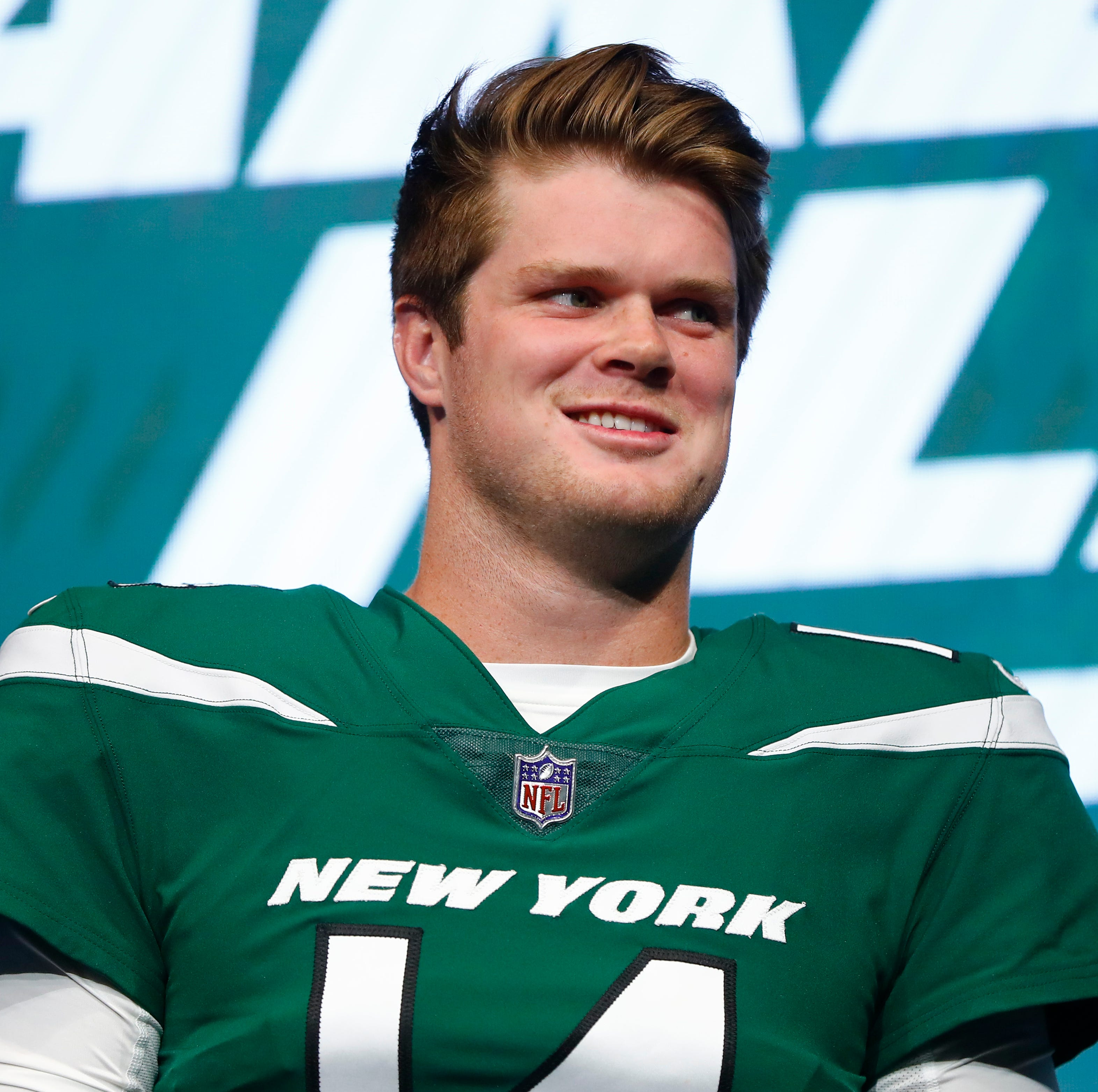 Jets troll Giants ahead of NFL Draft over picking Saquon Barkley over Sam Darnold