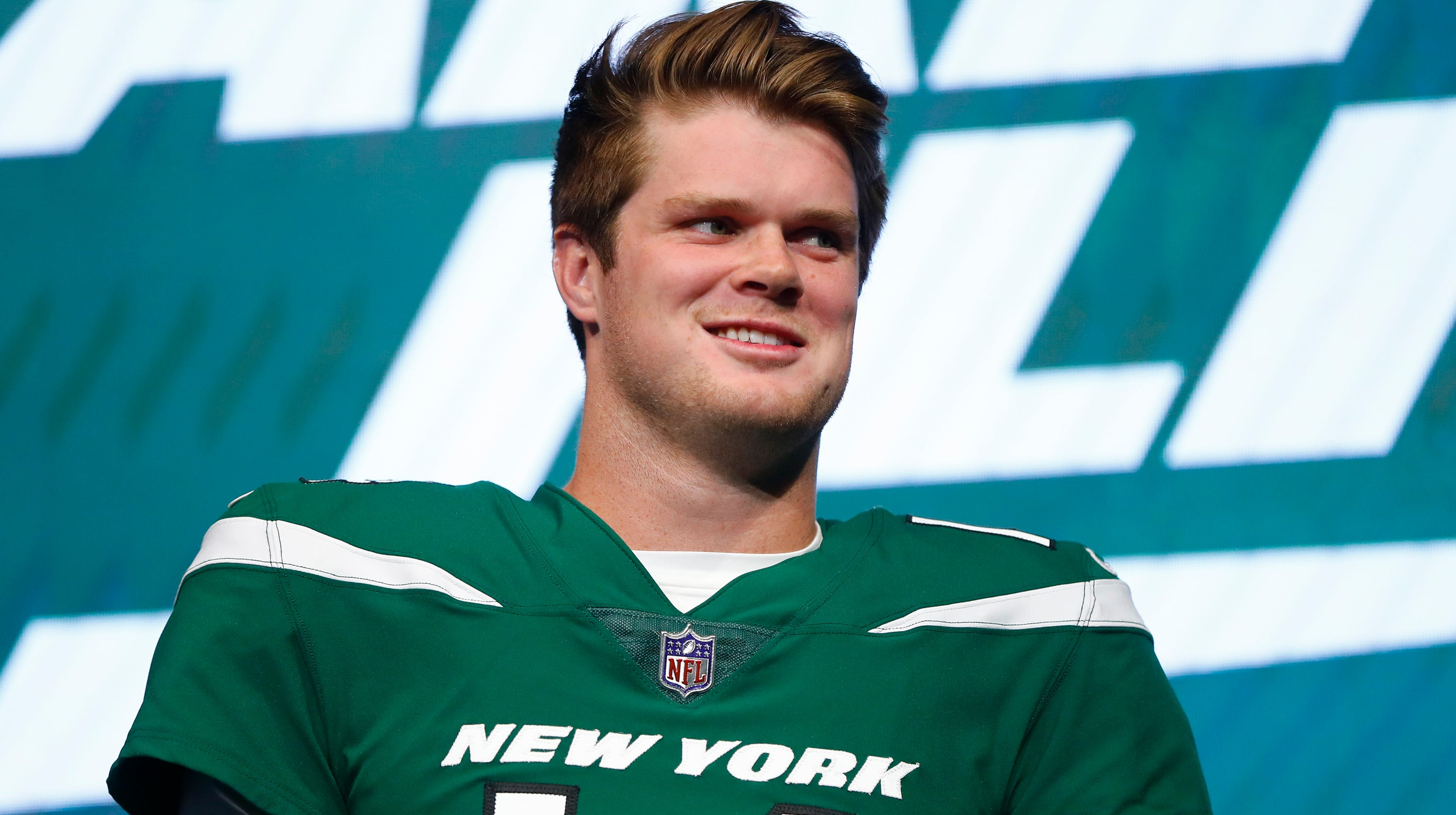 the latest a10ce 00834 APP Sports Awards: Jets QB Sam Darnold says school is 'super ...